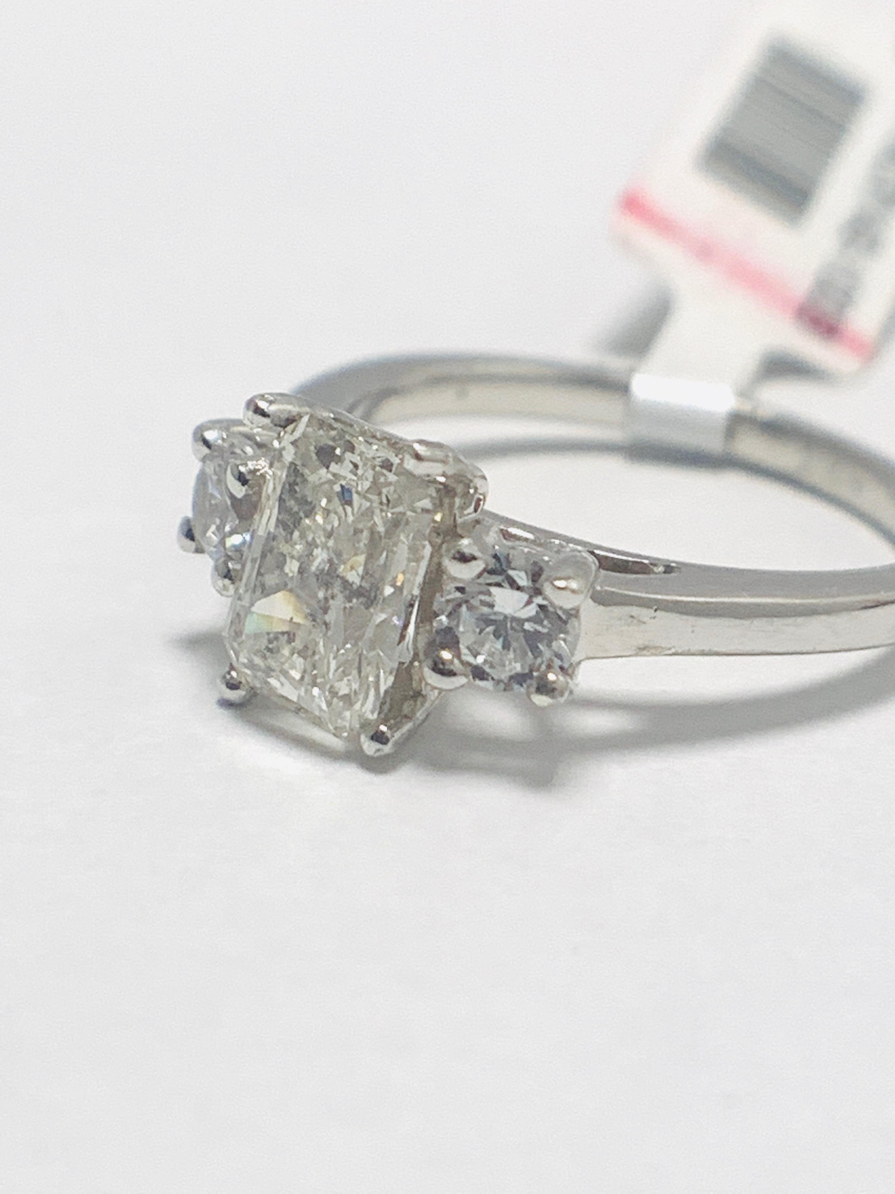 1.50ct trilogy platinum diamond ring - Image 3 of 10