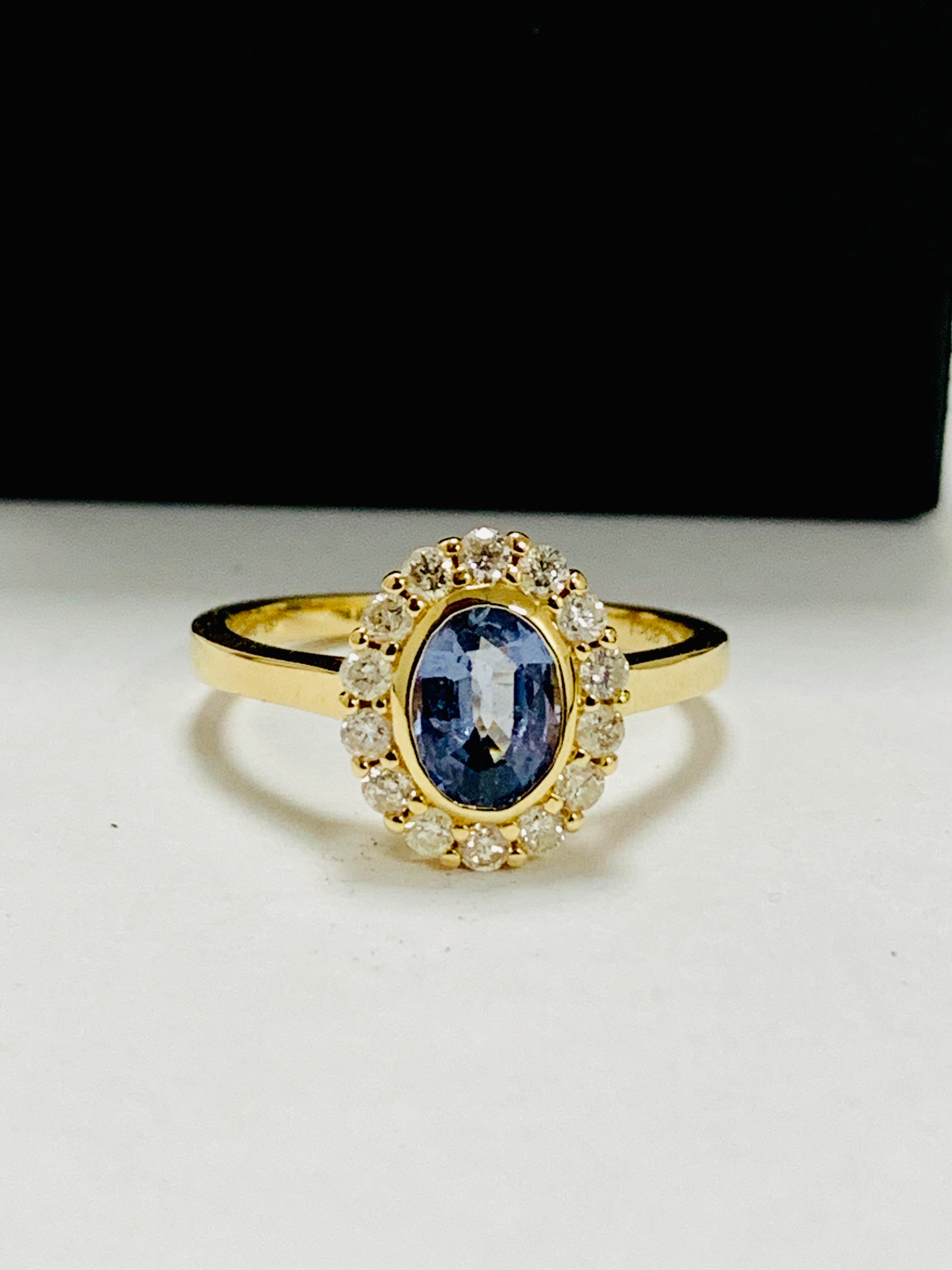 14ct yellow gold sapphire and diamond ring. - Image 9 of 11