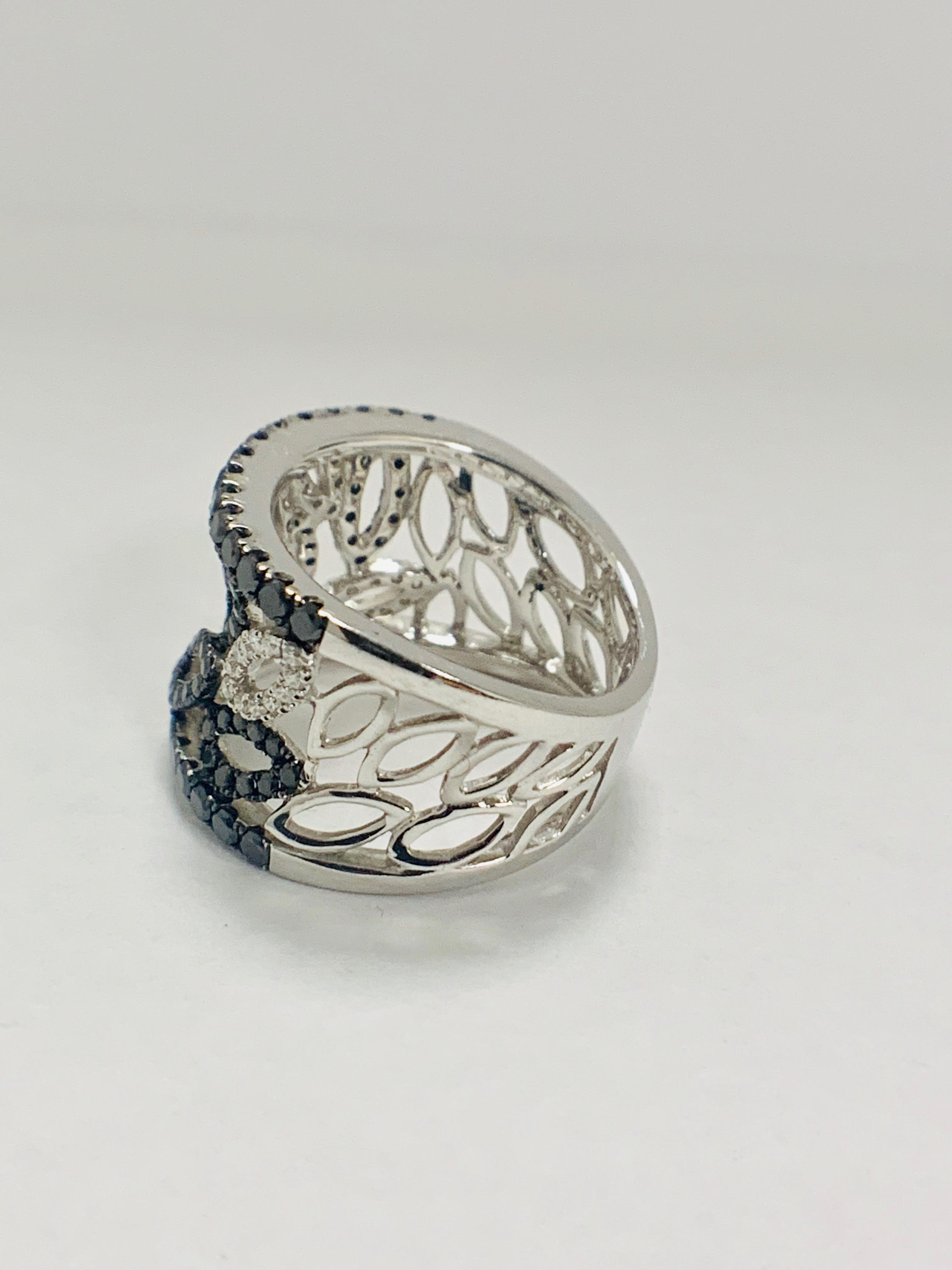 18ct White Gold Diamond ring featuring 90 round cut, black Diamonds (1.14ct TBDW) - Image 7 of 15