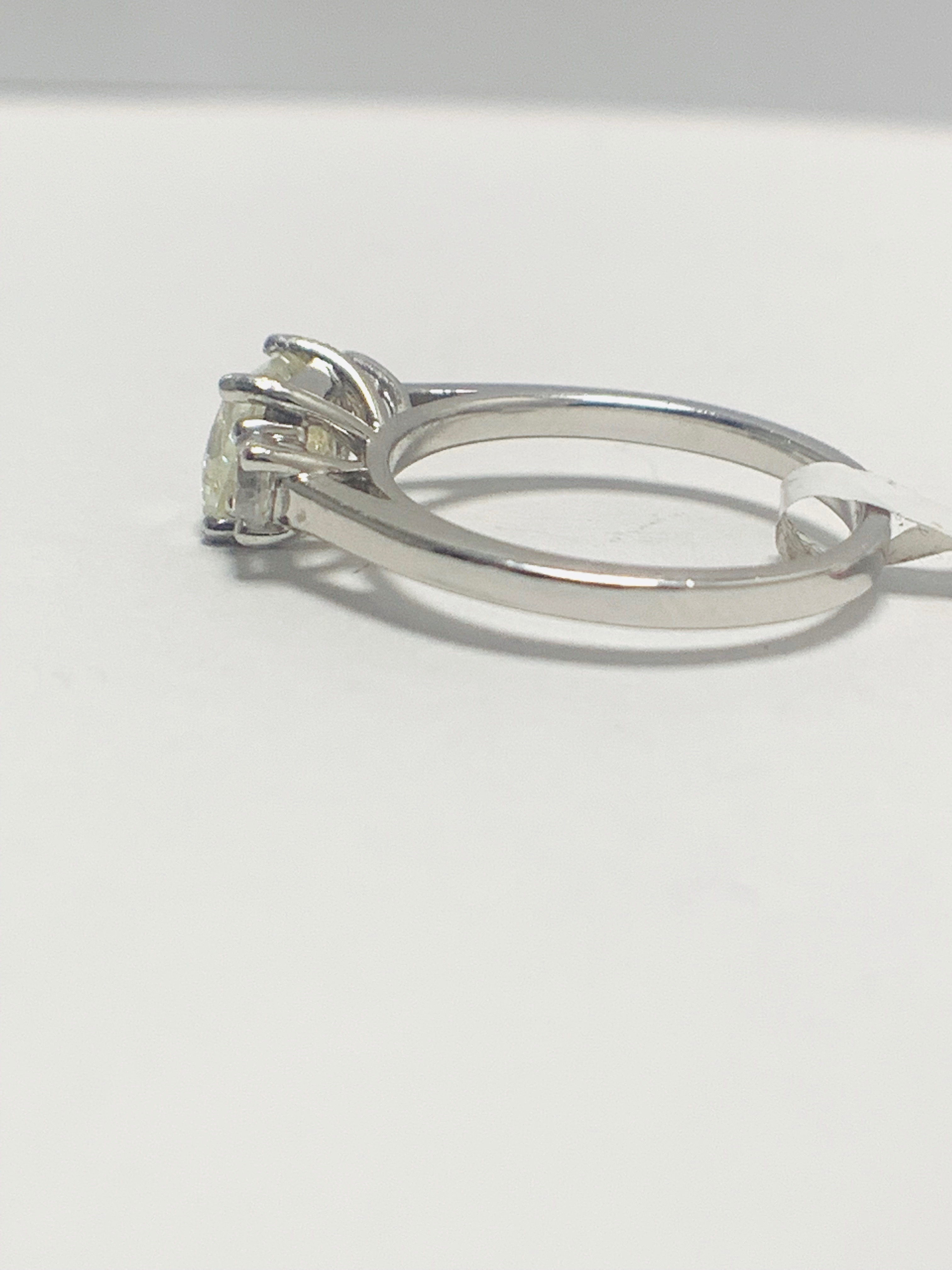 Platinum diamond three stone ring 1.50ct - Image 3 of 8