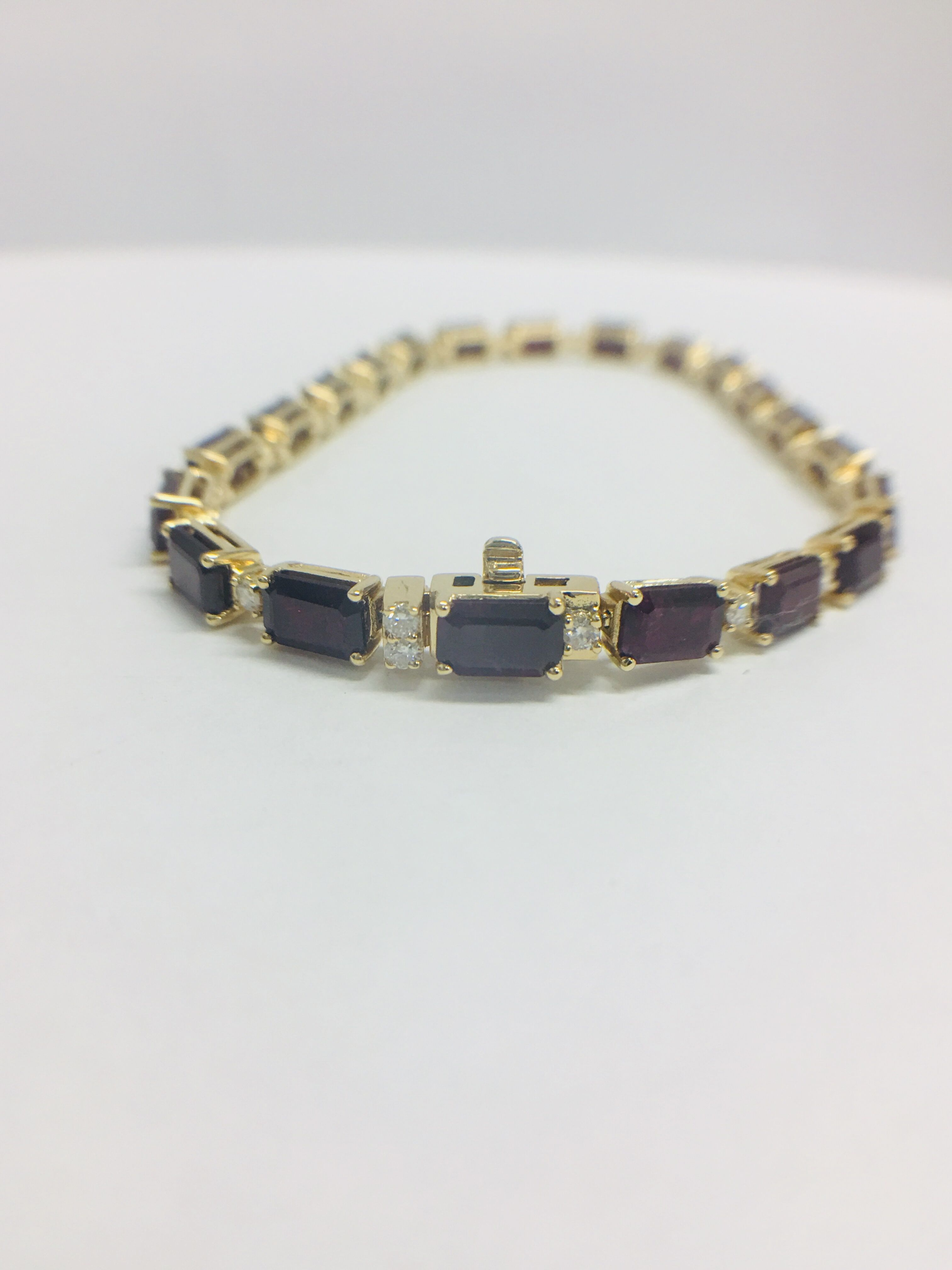 18ct yellow gold ruby and diamond tennis bracelet - Image 3 of 10