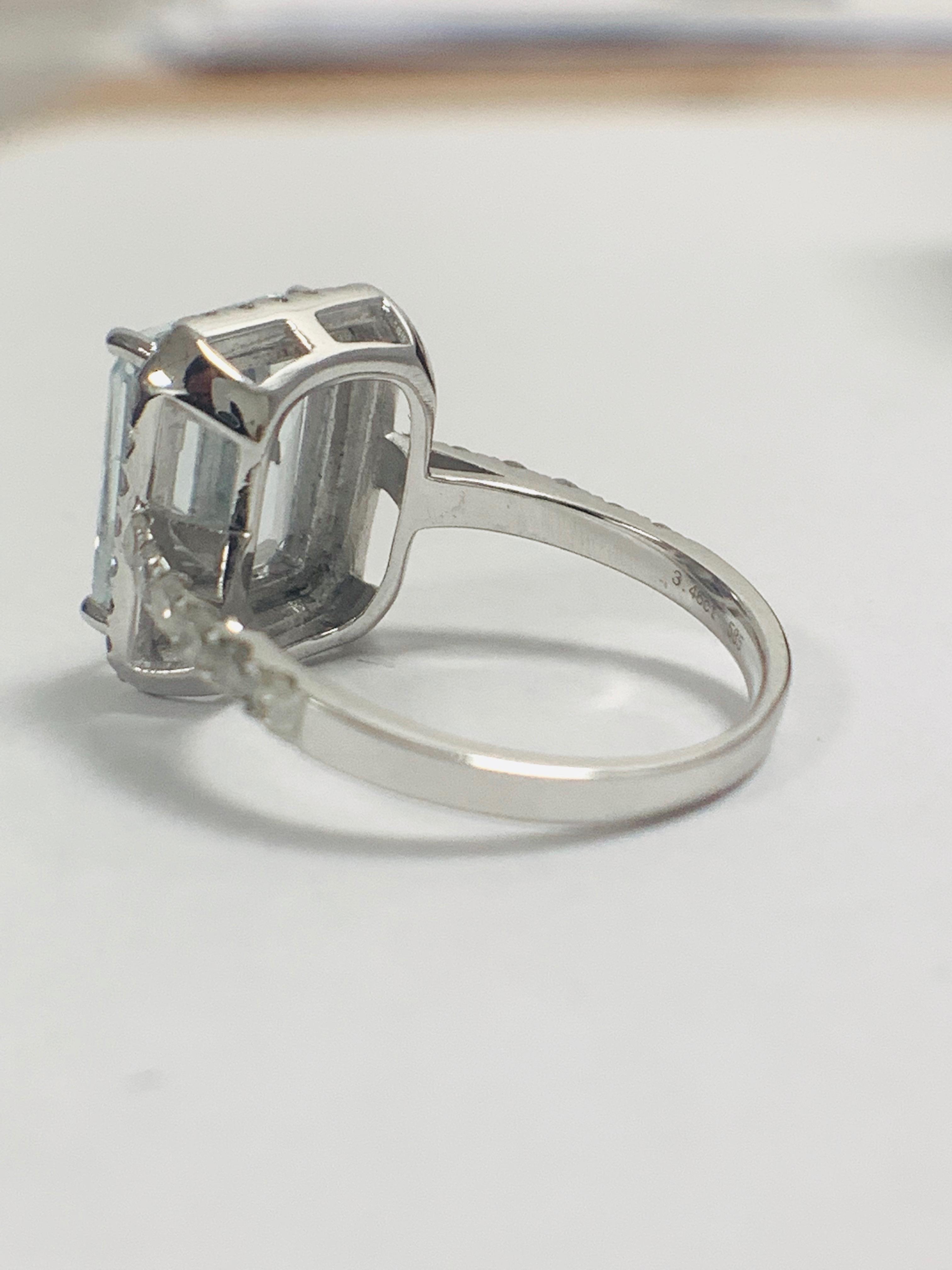 14ct White Gold Aquamarine and Diamond ring - Image 5 of 12