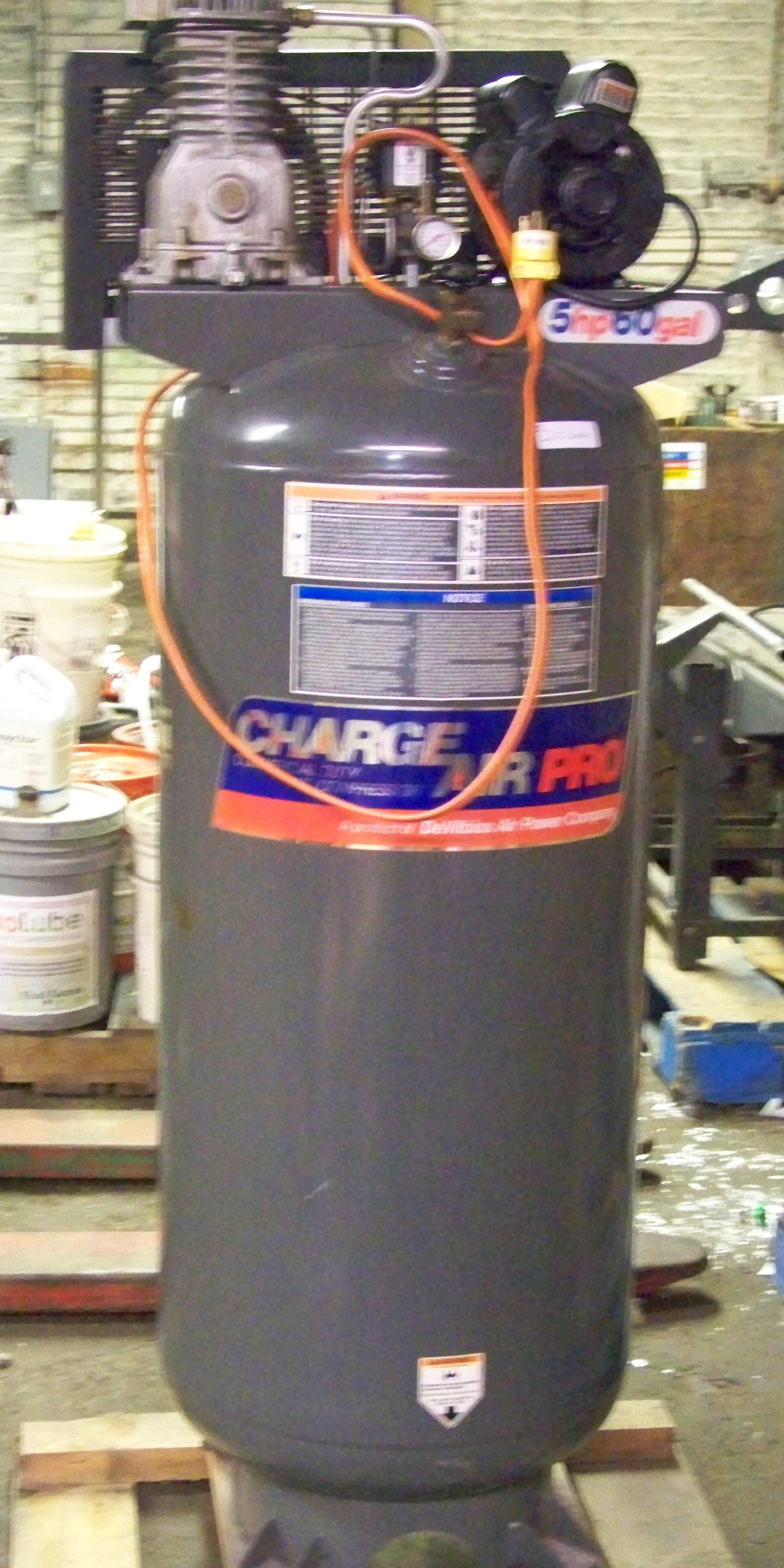 Charge Air Pro 5 Hp 60 Gal Stand Up Air Compressor  Not