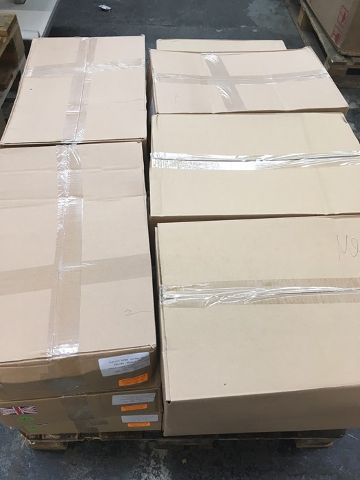 Lotto 28 - 1 LOT TO CONTAIN 18 BOXES OF ASSORTED MAILING ORANGE OPAQUE HIGH DENSITY S/W BAGS / 500 PER BOX /
