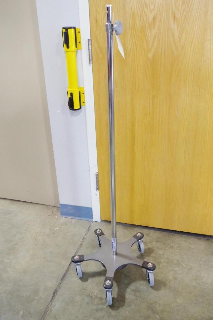 Lot 51 - Solid Sturdy Base Adjustable Height Portable Pole on 5 Smooth Rolling Casters
