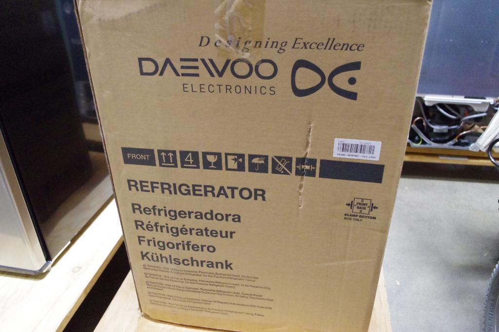 Lot 45 - DAEWOO Mini Refrigerator, Appears Unused