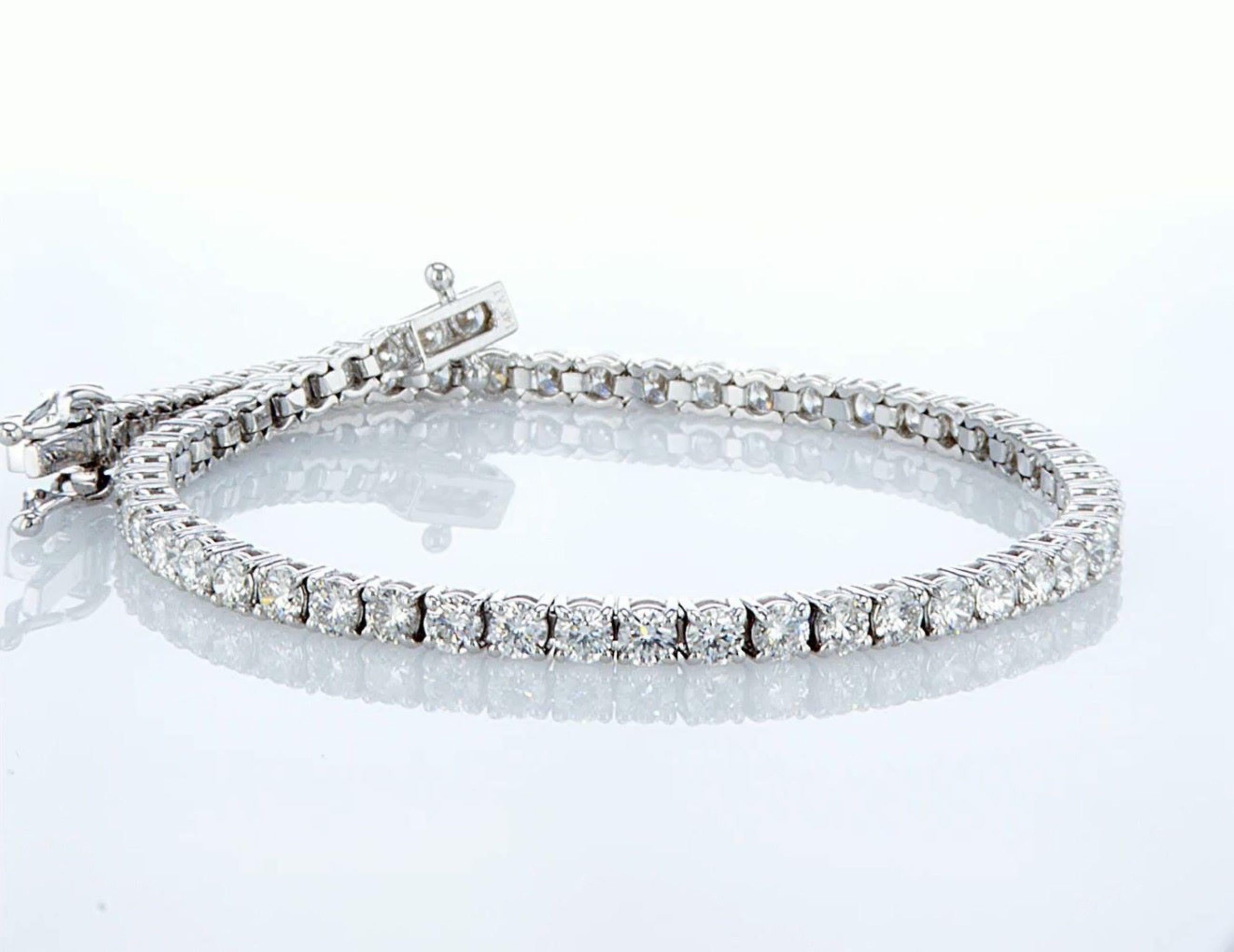 14 kt. White gold - Bracelet Diamond-4.08CTW