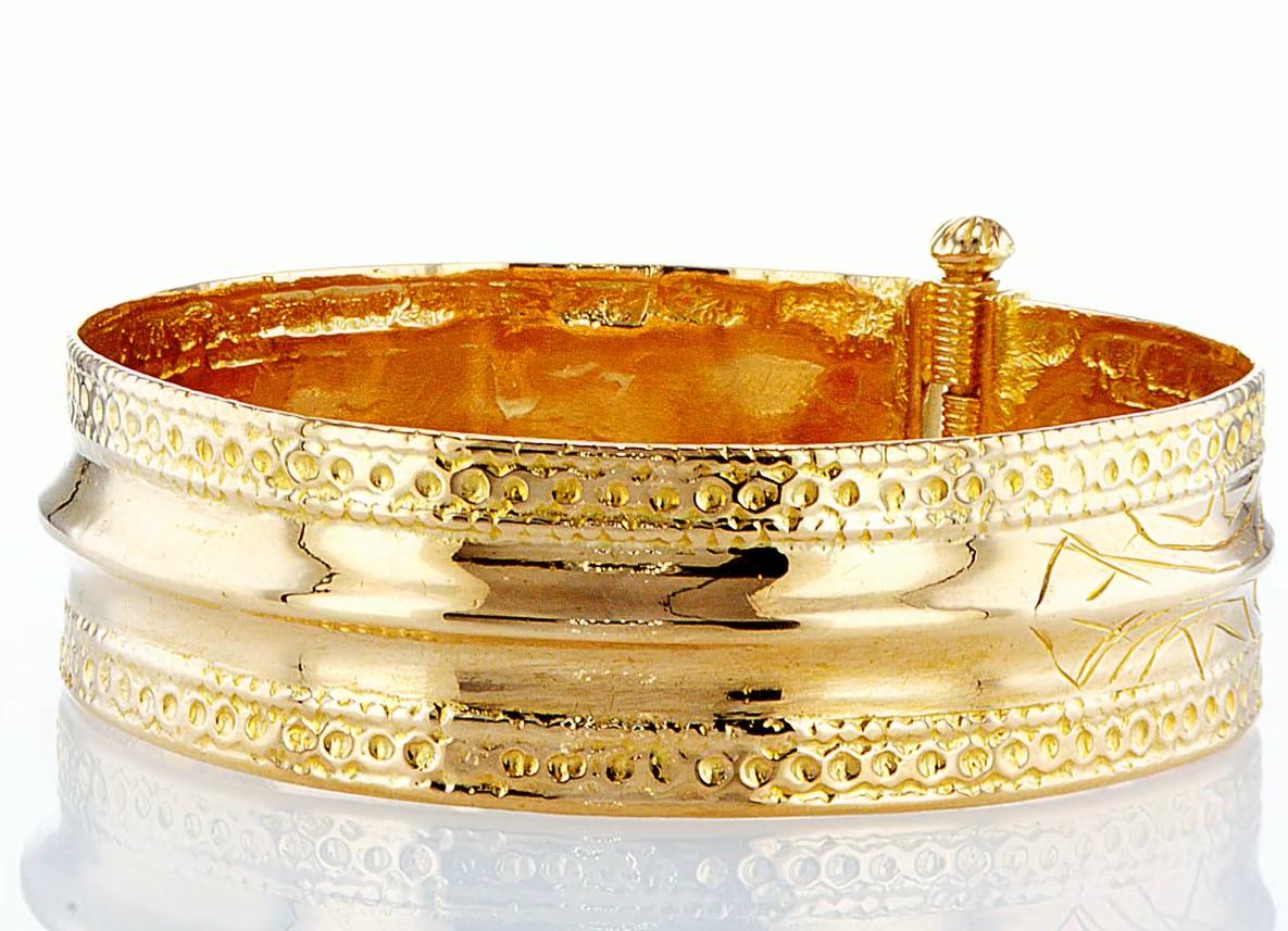 22 KT Yellow gold bracelet