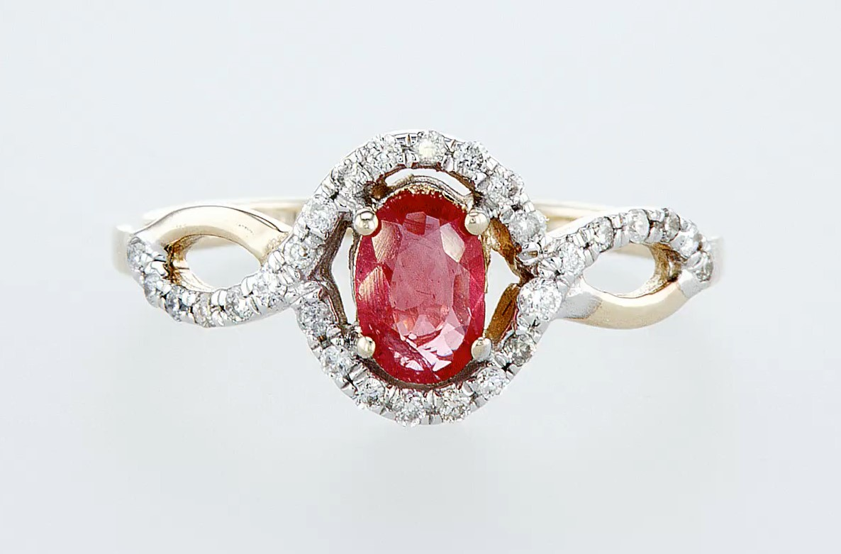 14 kt. White gold, Yellow gold - Ring - 0.59 ct Ruby - Diamonds