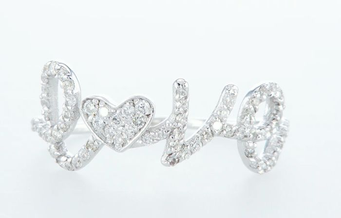 14K White gold ring 0.38CTW