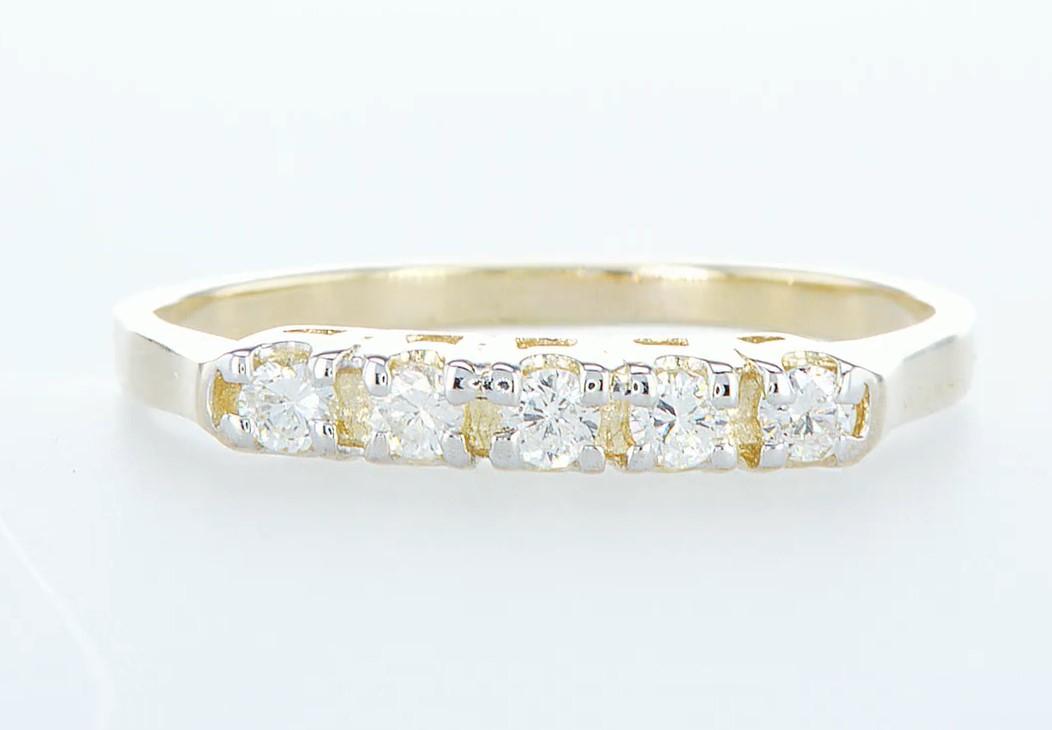 14 kt. Yellow gold - Ring Diamond-0.15CTW