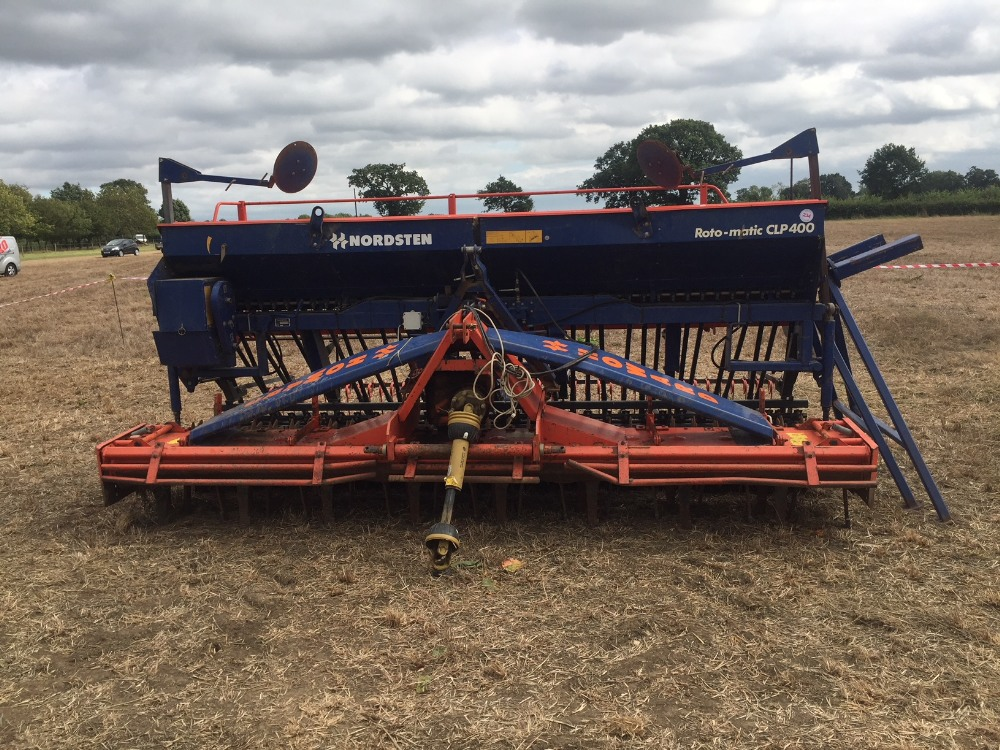 Lot 3 - Power harrow drill combination, 4m, Howa