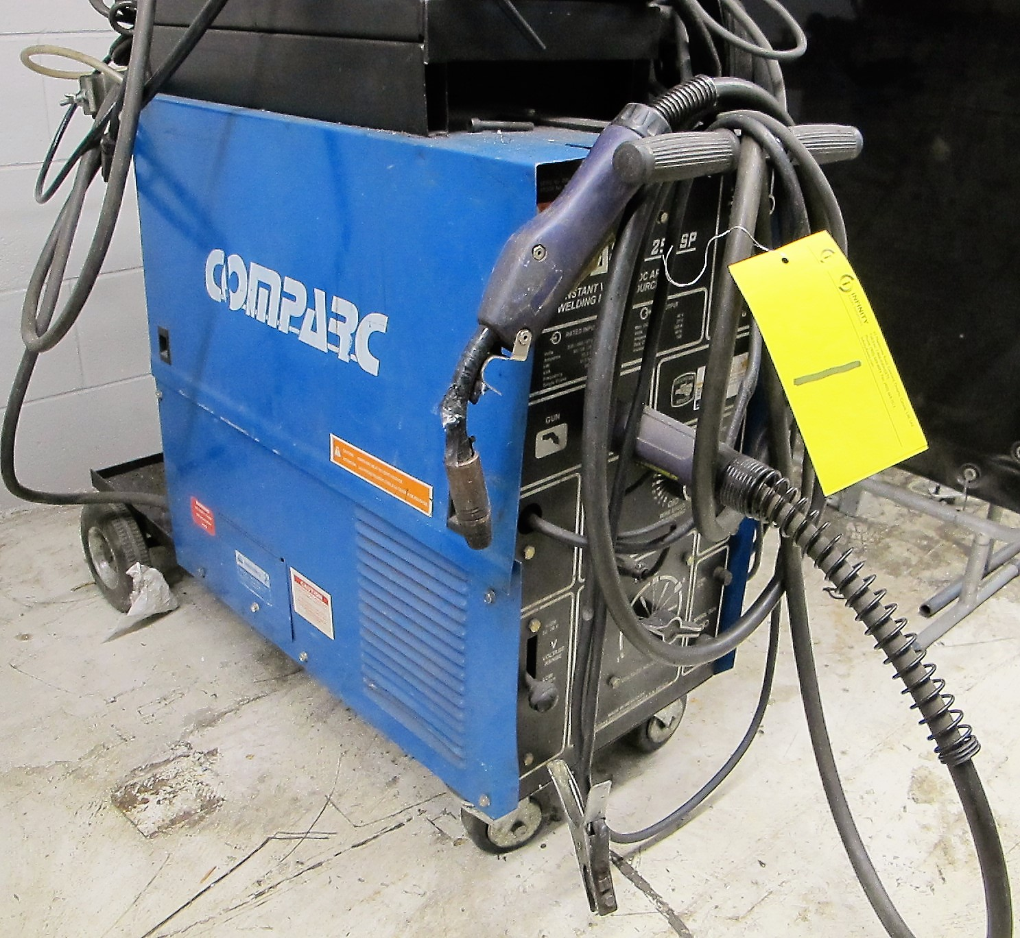 COMPARC 250 SP MIG WELDER W/CABLES, GUN AND CART - Image 2 of 3