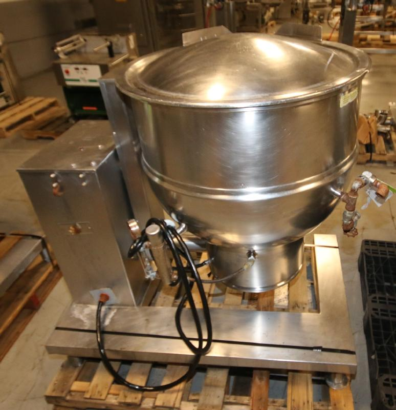 Groen 60 Gal. Tilt Kettle, Model DEE/4T-60, S/N 37173, Jacketed Rated @ 50 PSI @ 300 Degree F (Asset - Image 4 of 7