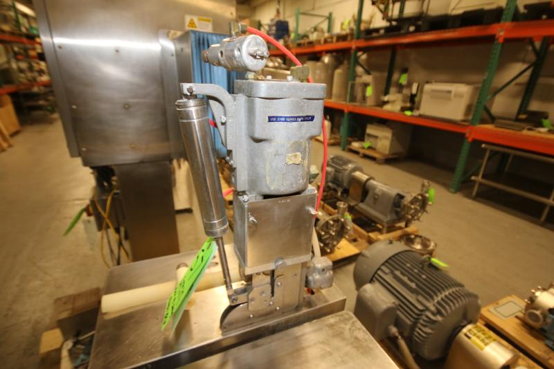 S/S Tipper Tie Machine, Mounted on S/S Table with Onboard Vacuum Pump (Located Pittsburgh, PA) - Image 2 of 6