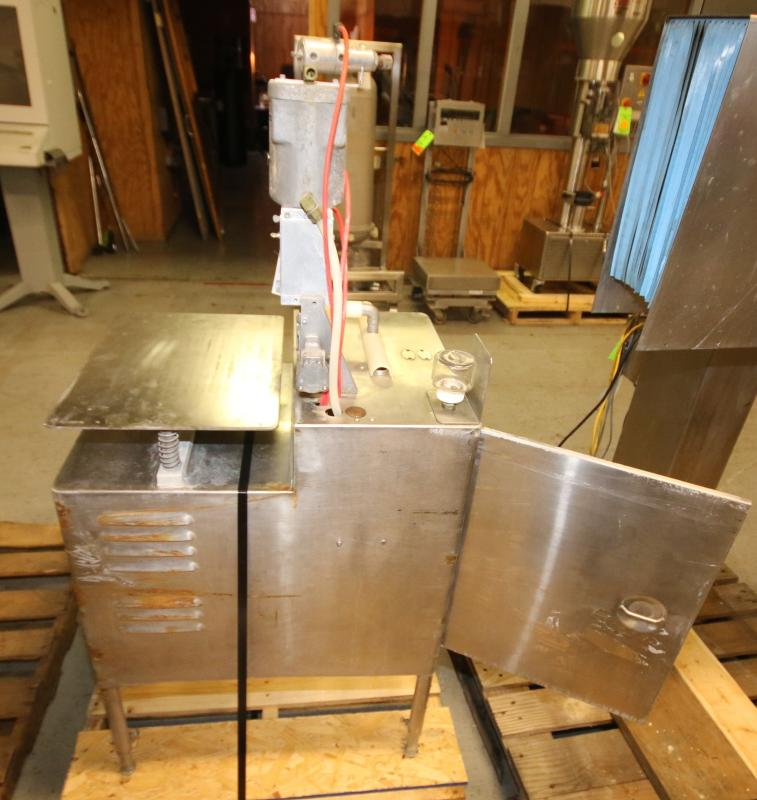 S/S Tipper Tie Machine, Mounted on S/S Table with Onboard Vacuum Pump (Located Pittsburgh, PA) - Image 6 of 6