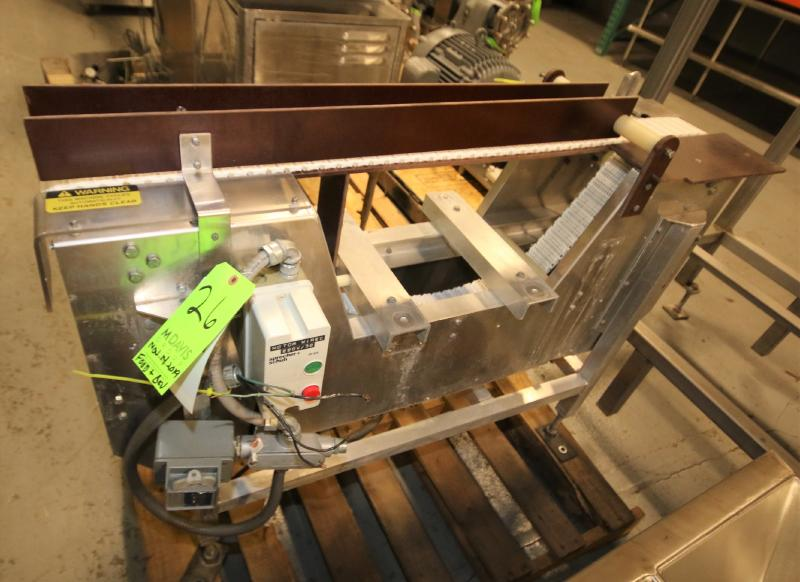 """Goring Kerr Aprox. 4 ft. L x 33"""" H x 3"""" W Belt Aluminum Conveyor Section (Located in Pittsburgh,"""