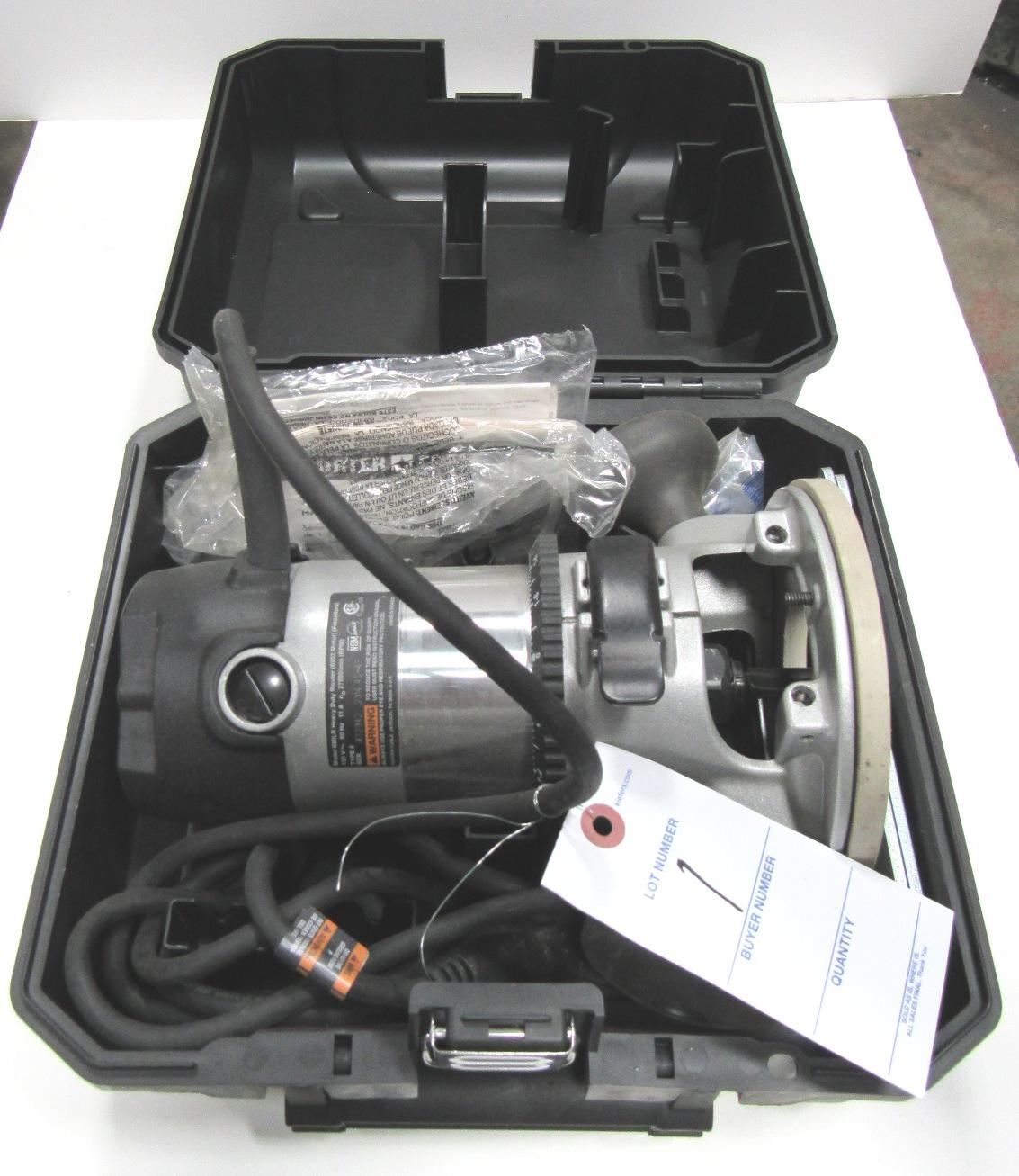 Lot 1 - Porter Cable Mod 690LR 1-3/4HP Heavy Duty Router