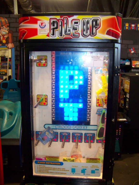 PILE IT UP INSTANT PRIZE REDEMPTION GAME SMART - Image 4 of 4
