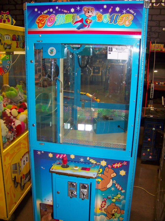 "30"" TOMMY BEAR PLUSH CLAW CRANE MACHINE - Image 3 of 4"