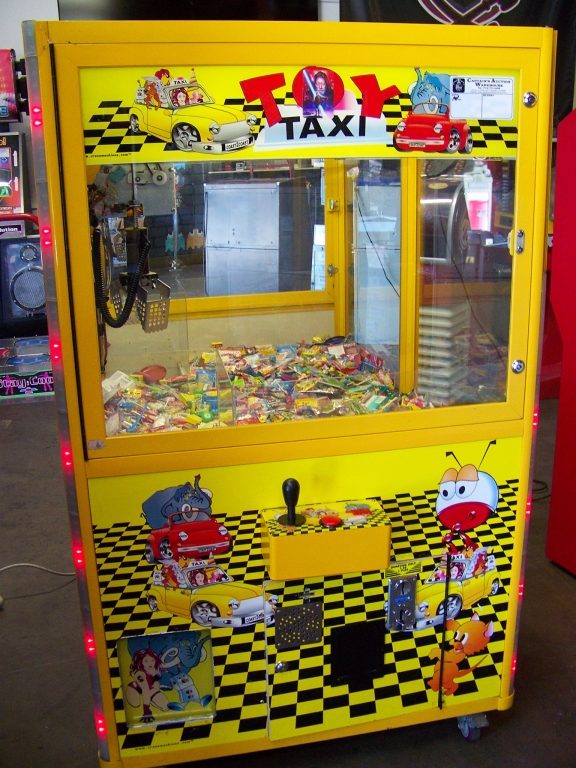 "42"" TOY TAXI MINI SIZE CANDY CLAW CRANE MACHINE - Image 2 of 4"