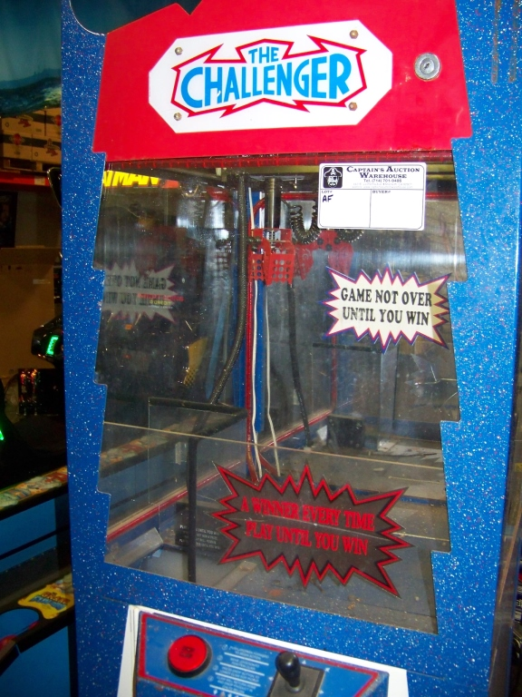 """24"""" CHALLENGER CANDY SHOVEL CLAW CRANE MACHINE - Image 2 of 2"""