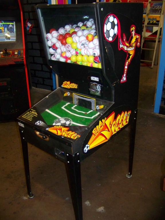Lot 35 - PLAY SOCCER CAPSULE SPORTS BALL VENDING MACHINE