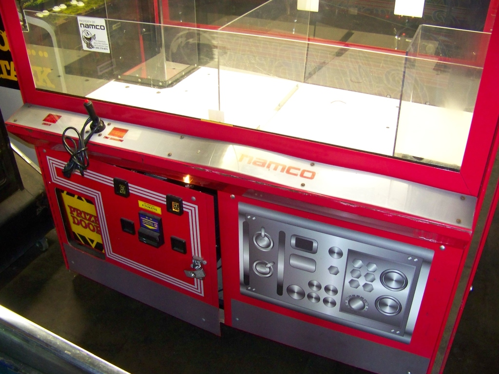 """60"""" FIRE TRUCK DUAL ICE PLUSH CLAW CRANE NAMCO - Image 2 of 5"""