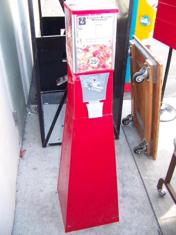 Lot 29A - EAGLE SINGLE HEAD FREE STANDING CANDY MACHINE