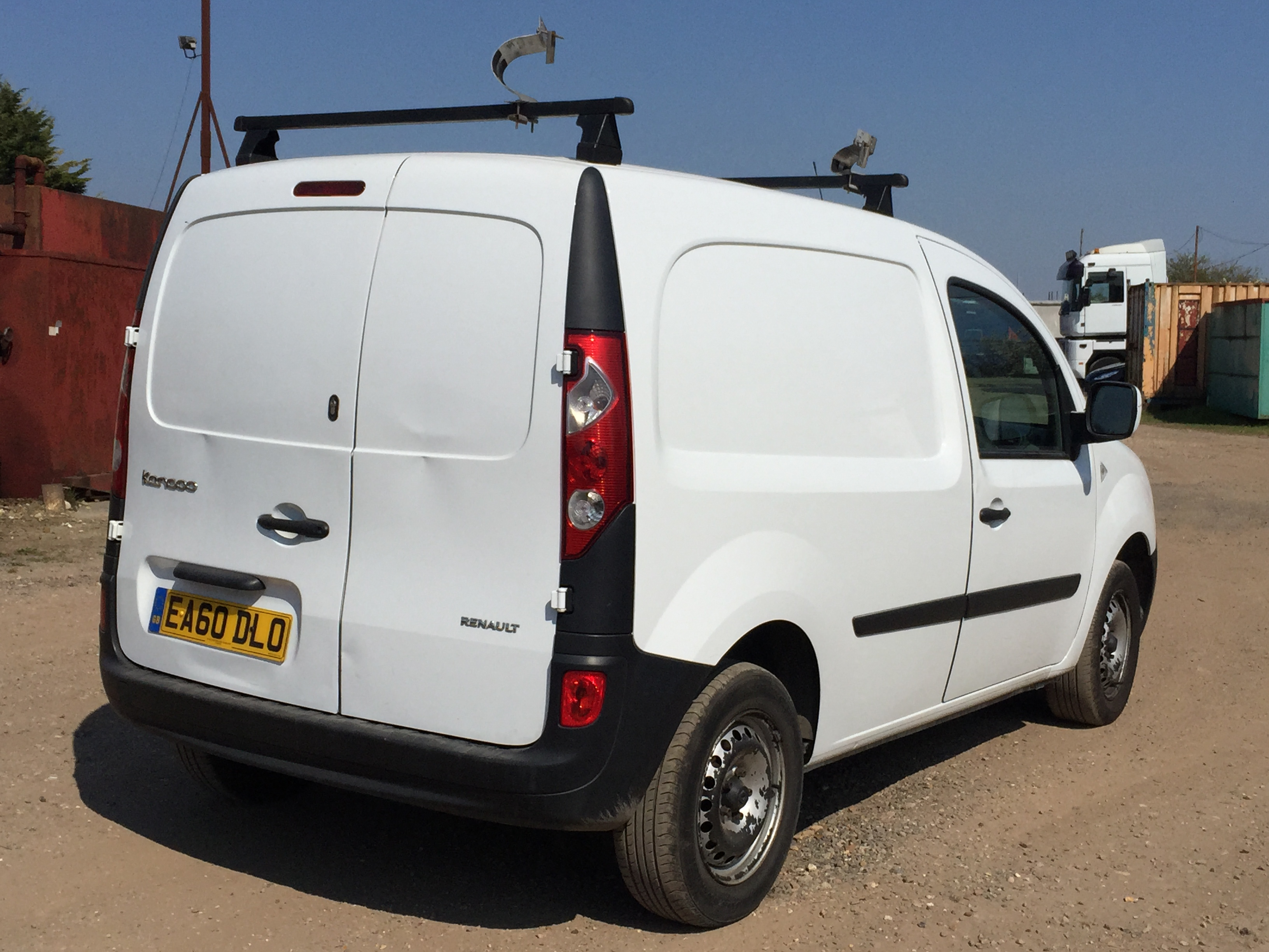 renault kangoo ml19 67 dci 1 5 manual 60 plate white 1 5 ltr manual 5 speed. Black Bedroom Furniture Sets. Home Design Ideas