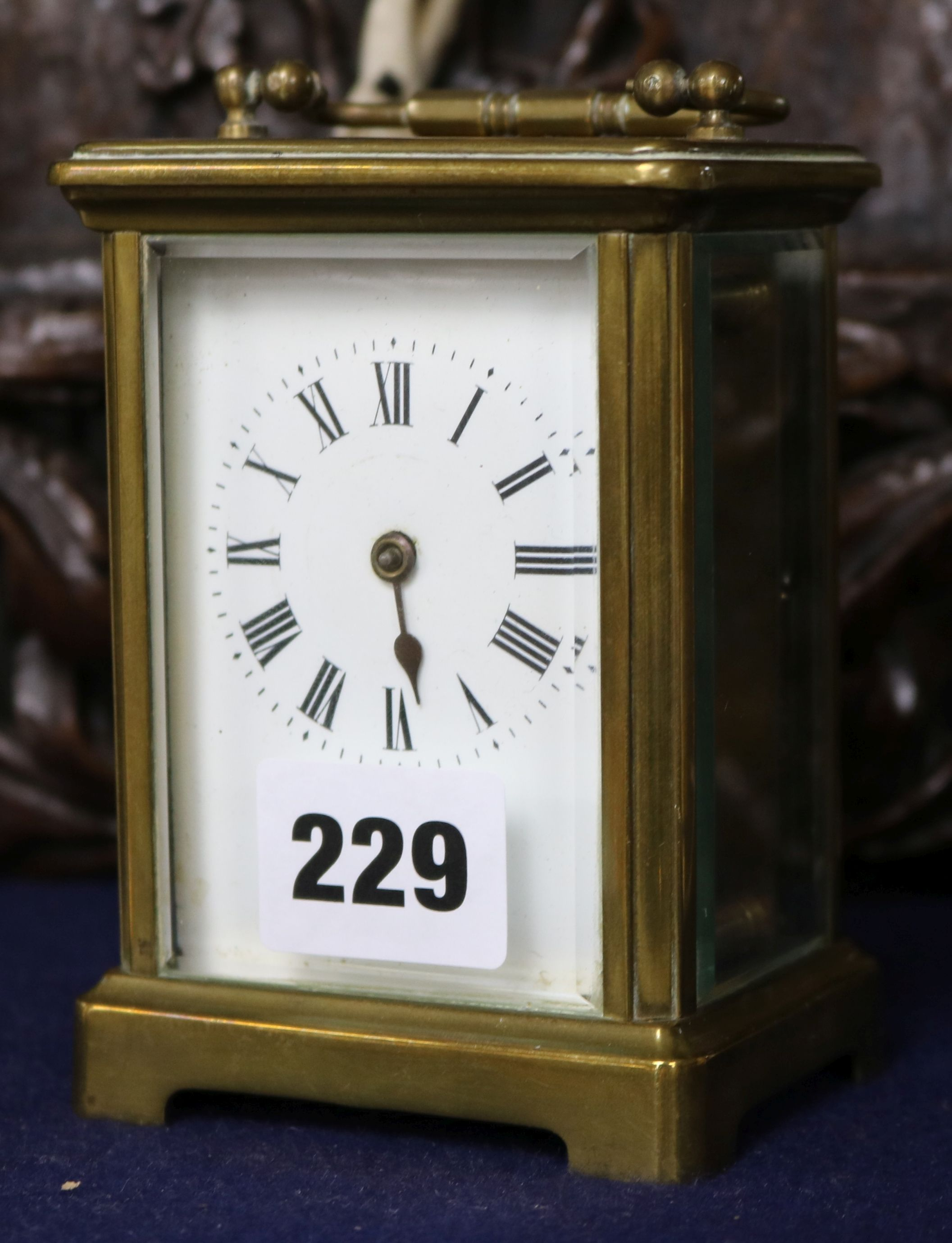 Lot 229 - A carriage clock