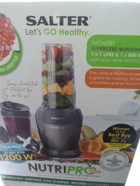 Lot 7 - *Salter Lets go Healthy Nutrapro 1200 Blender