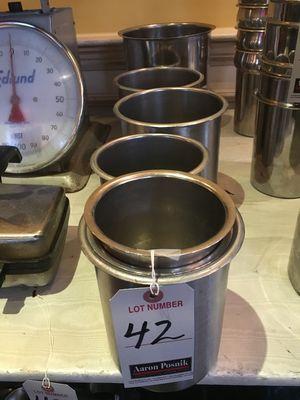 ASS'T S.S. ROUND INSERT PANS