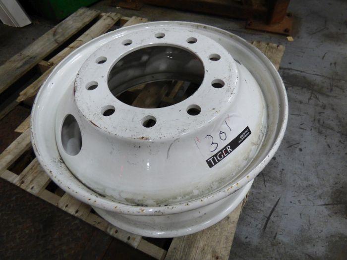 Lot Tires, Wheels, Break Shoes - Image 7 of 8