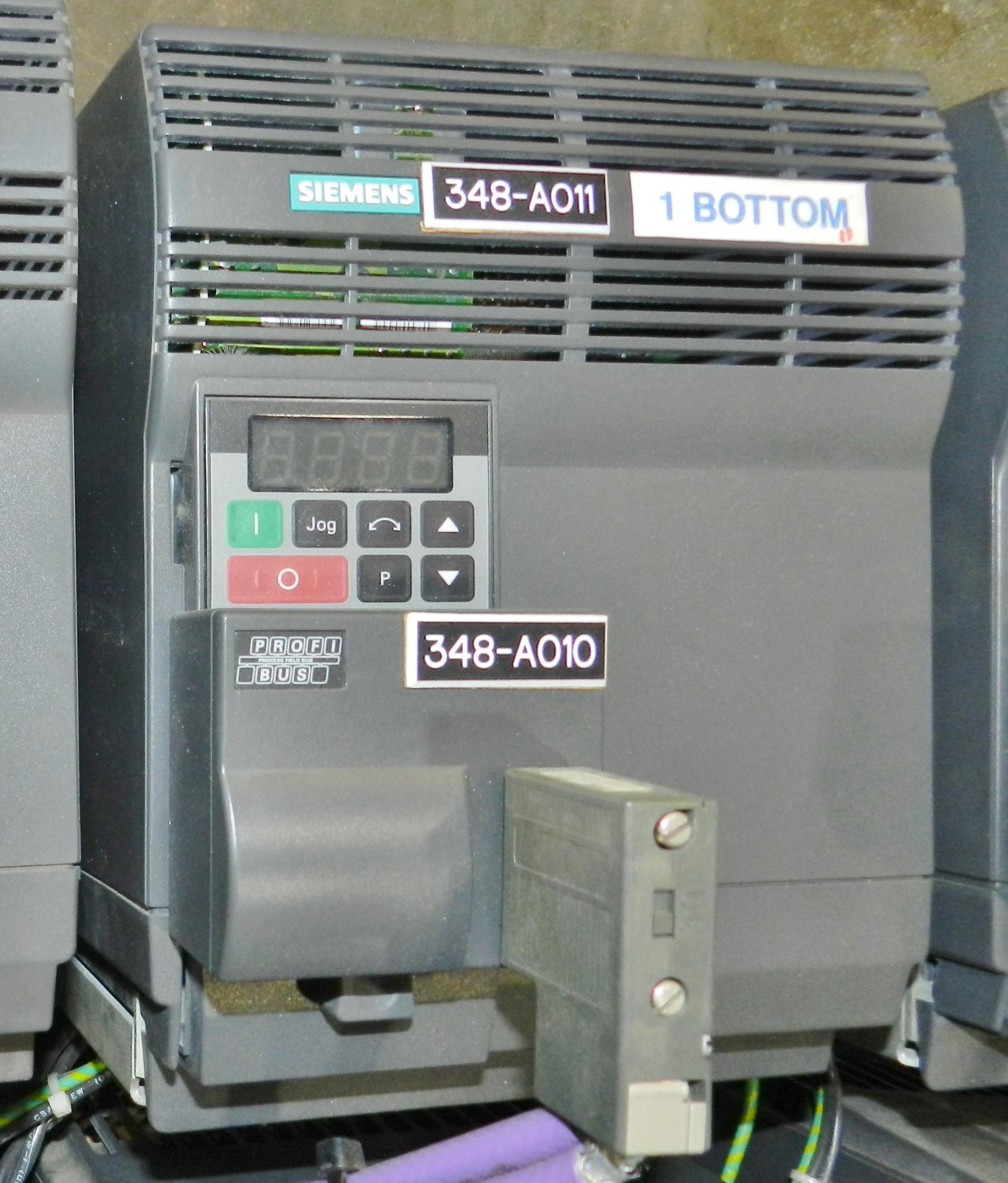 Lot 50 - Lot of 8 Siemens 5HP AC Drive