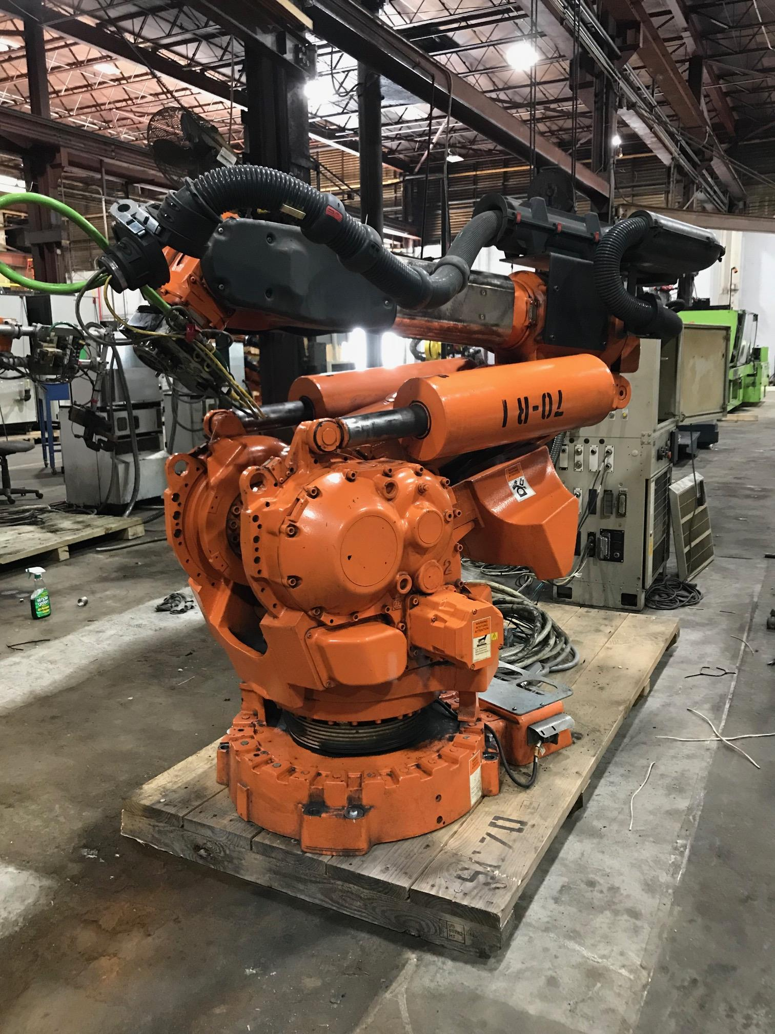 Lot 9 - Lot of 2 2003 to 2005 - ABB - IRB6400R M2000 2.5-150 - S4C+ Controller Reserve is at $6000