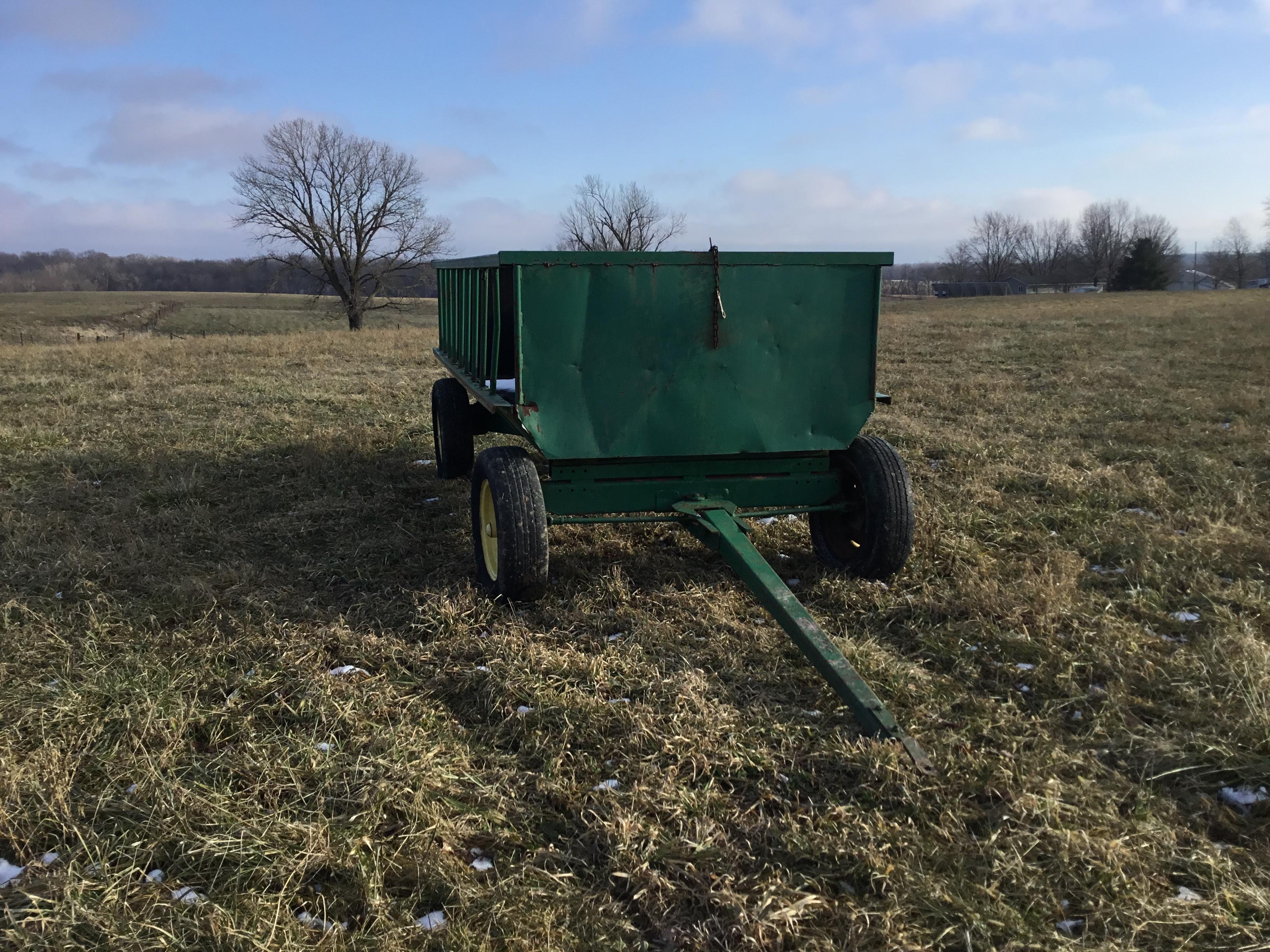Lot 6 - Hay/Grain Feeder Wagon