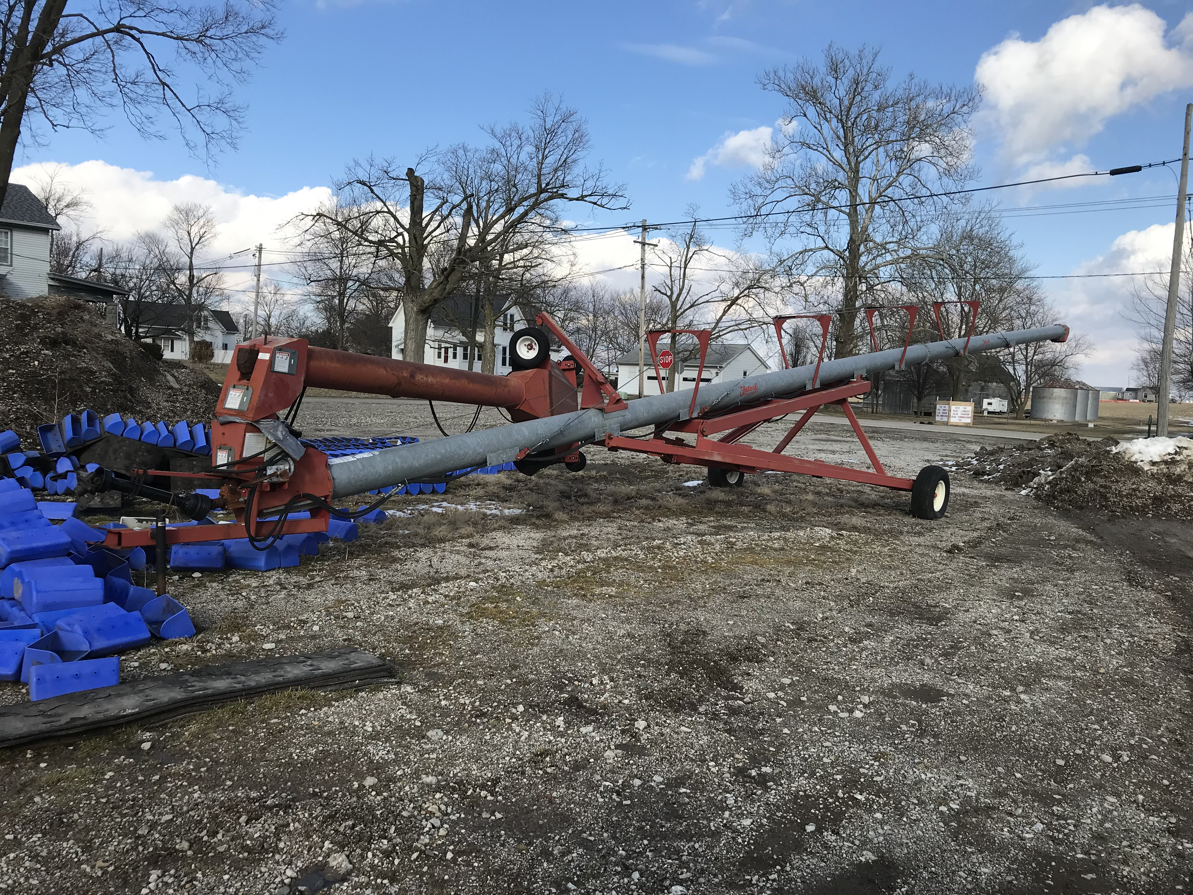 Feterl 12x72 Swing Away Auger - Image 2 of 3