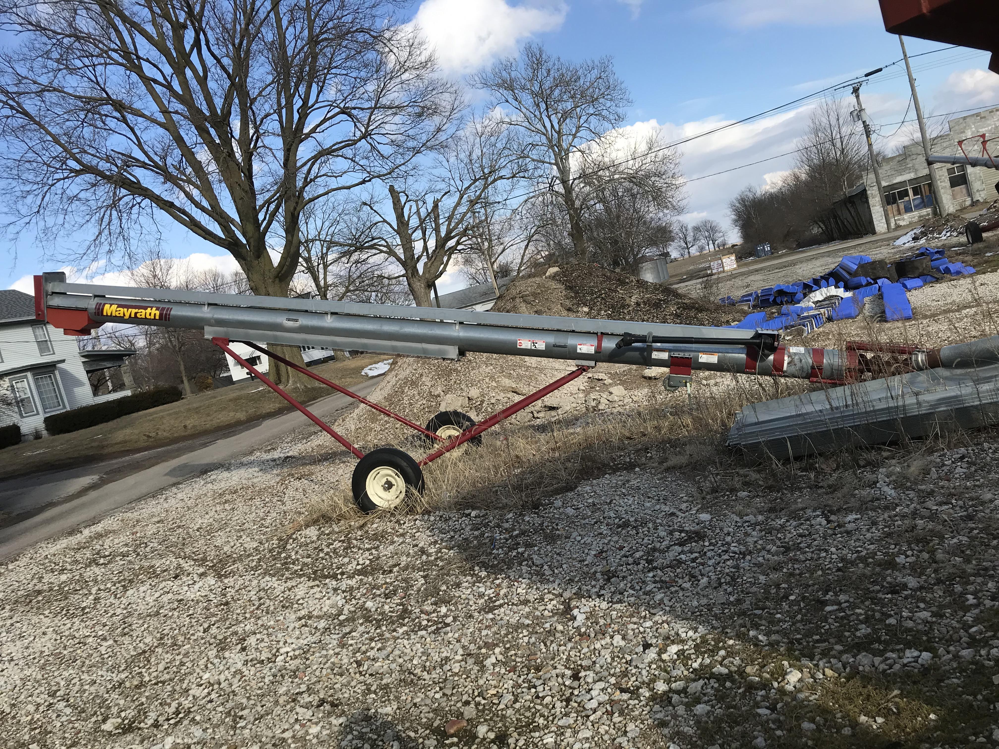 Lot 46 - Hutchinson/Mayrath 10x27 Truck Auger