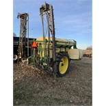 Top Air TA 800 Pull Type Sprayer Hydraulic Booms Raven 440 Monitor