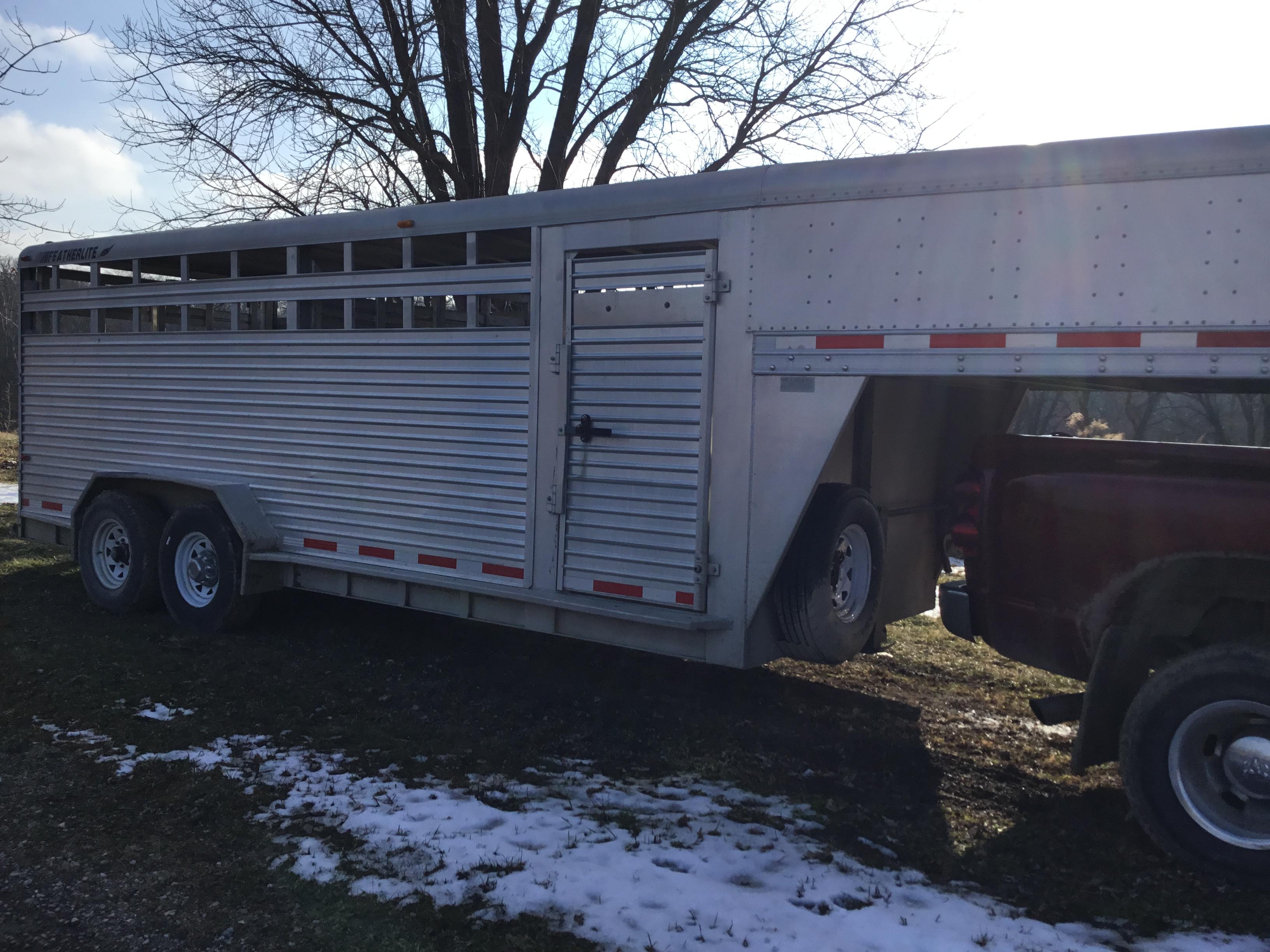 Lot 15 - 2000 Featherlite 7x20 Aluminum Livestock Trailer, 2-7,000# Axles, Center Cut Gate, (Sharp)