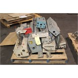 Lot 20 - LOT OF SPARE PARTS (on one pallet)