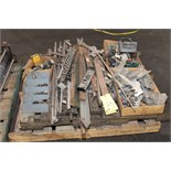 Lot 23 - LOT OF SPARE PARTS (on one pallet)