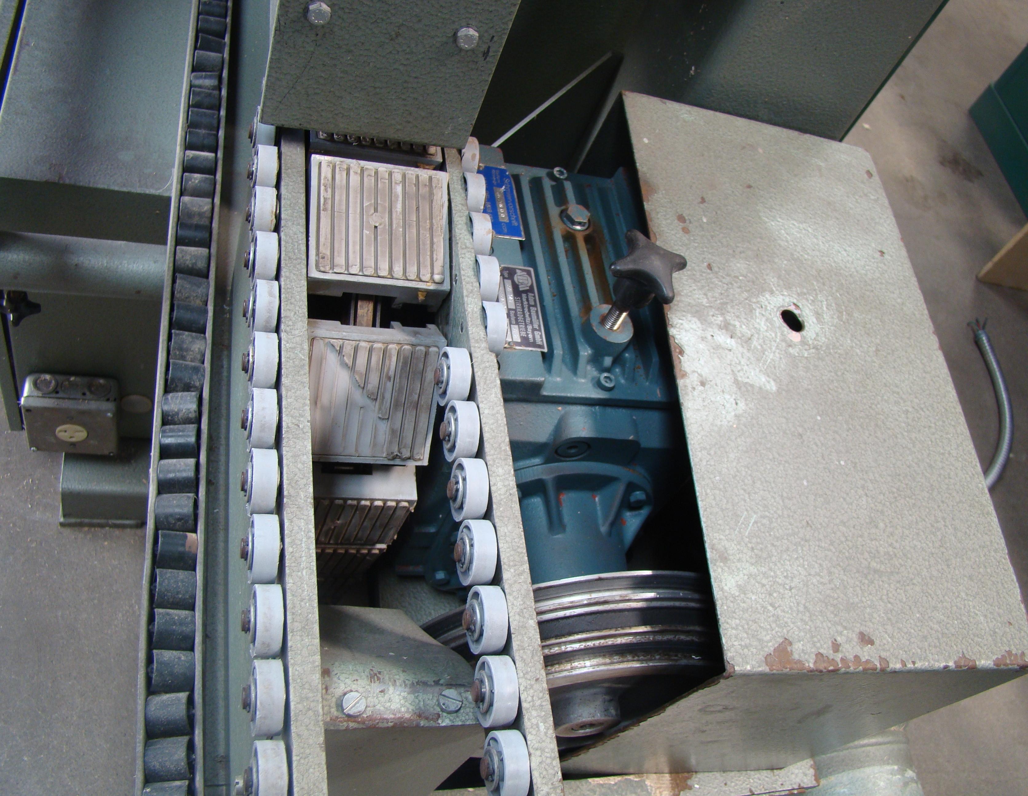 Holz-Her Edge Bander 1408 Pressure Roller, Uses GluJet, End trim stations, Flush/Bevel Scraper, - Image 8 of 10