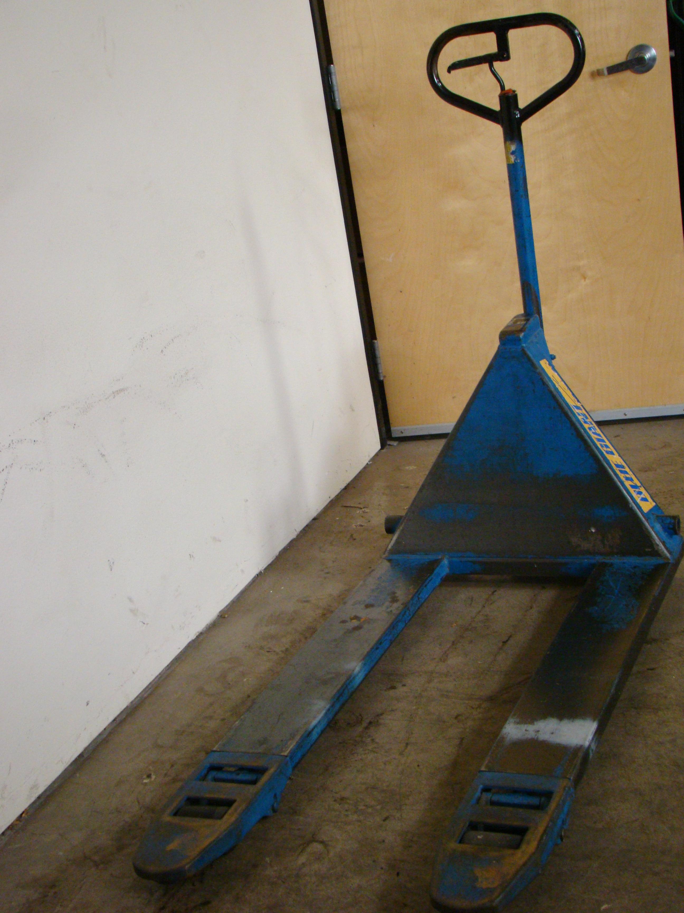 Blue Giant Pallet Jack, Model T50 - Image 2 of 4