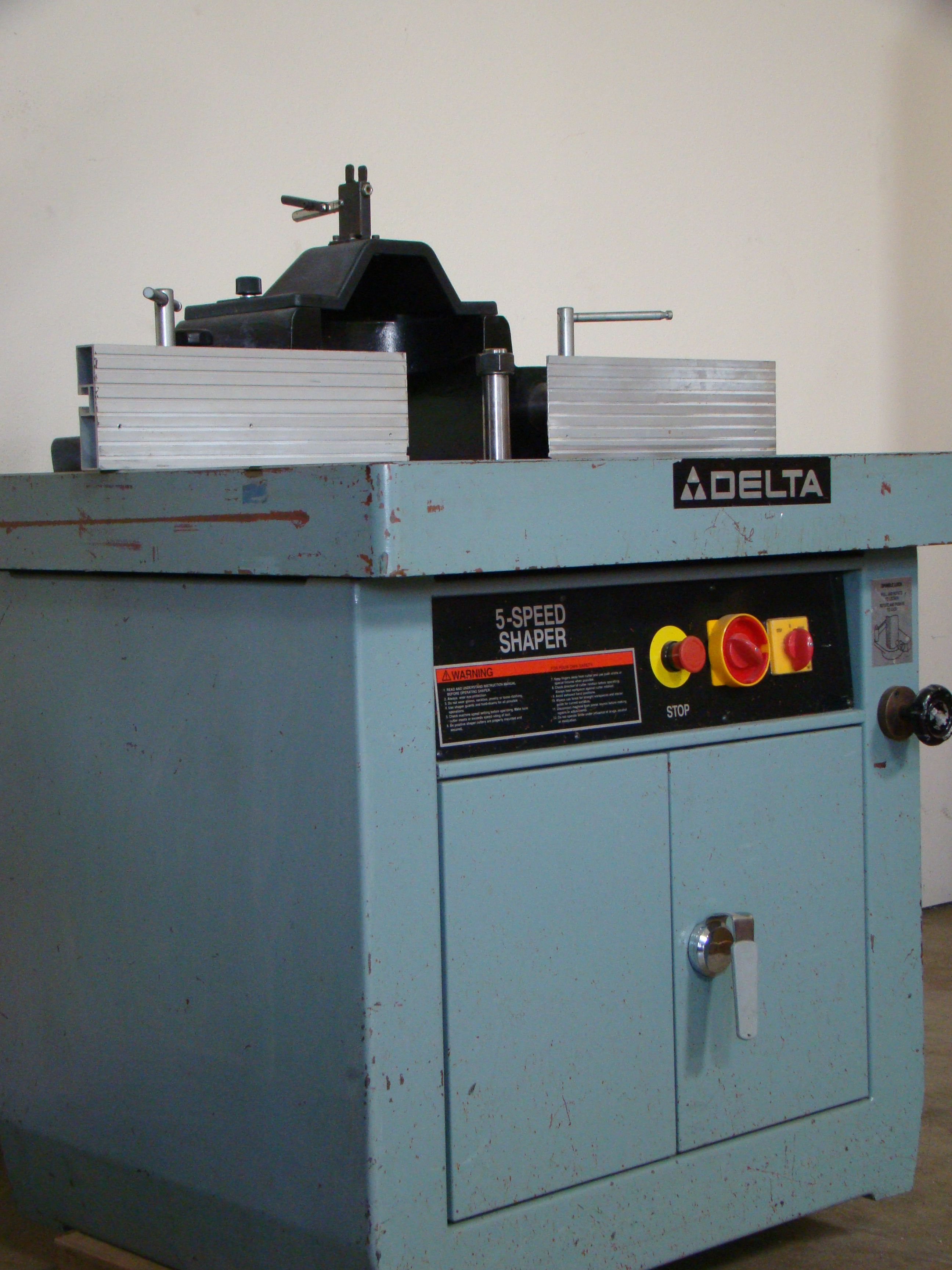 """Delta Wood Shaper 43-791 5 speed 1-1/4"""" Spindle 7.5 HP 200-220/440 Volt 3PH - Image 2 of 6"""