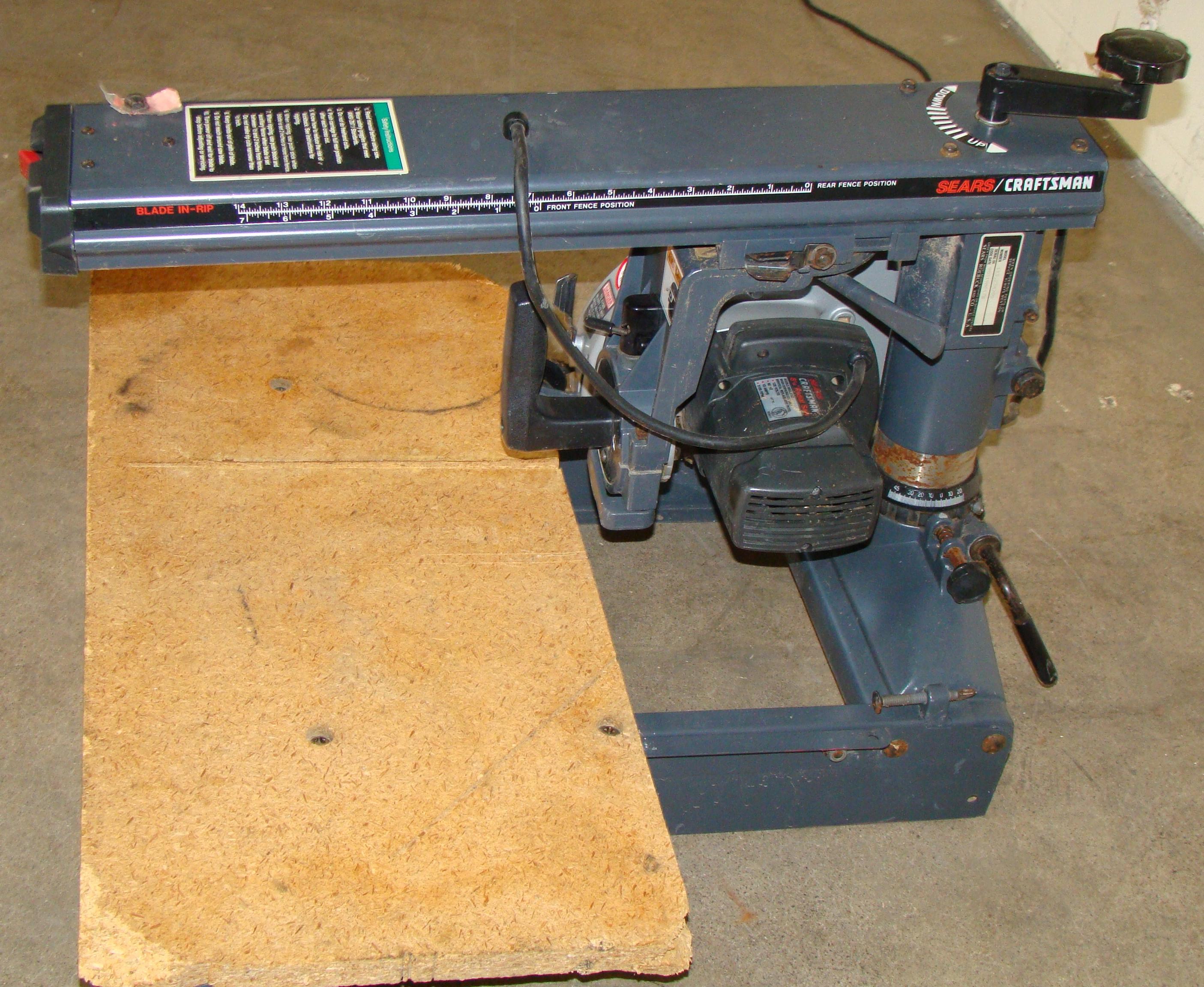 "Craftsman 8-1/4"" Radial Arm Saw 120 Volt - Image 3 of 5"