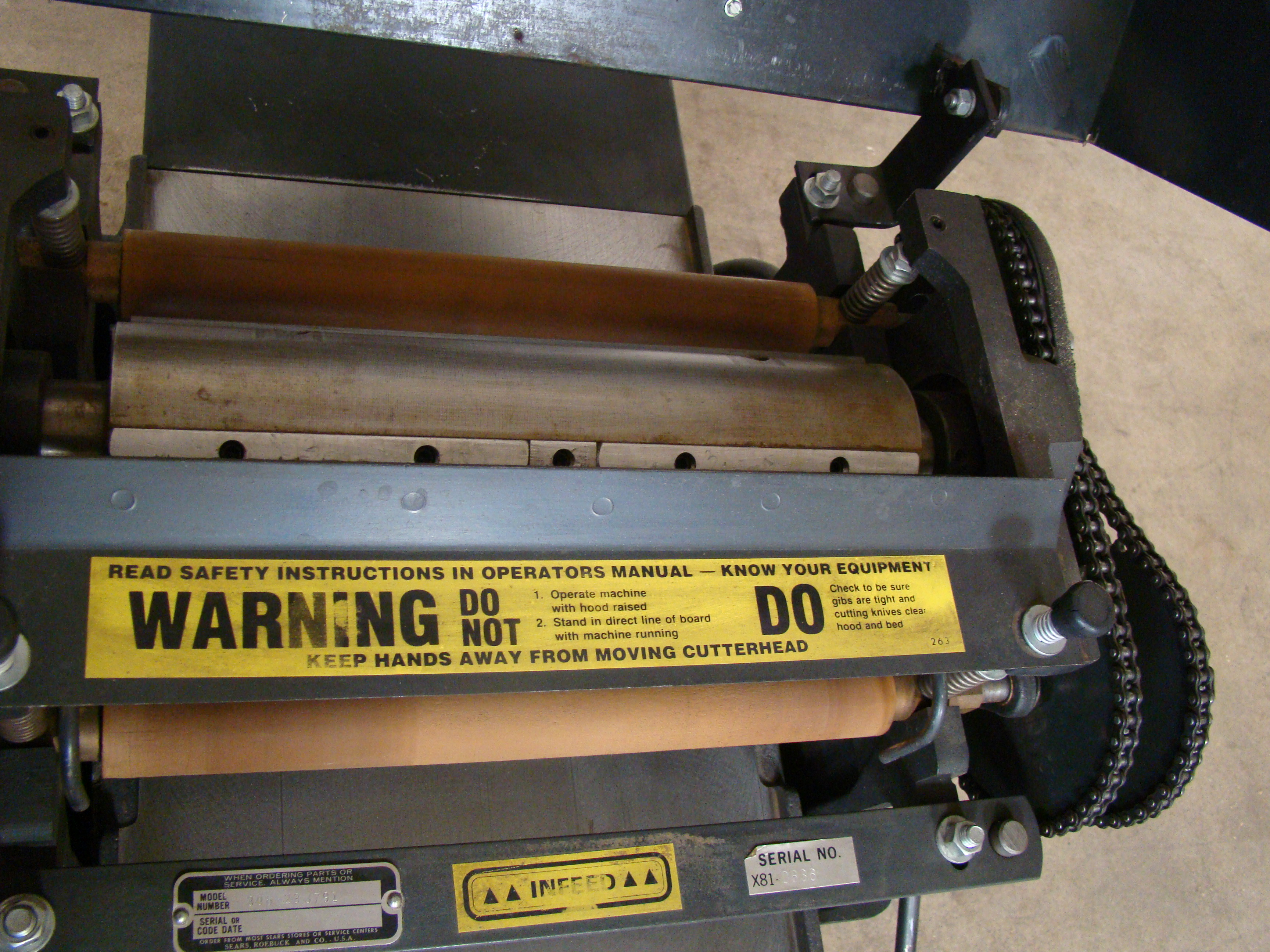 """Craftsman 12"""" Planer/Moulder, Power Feed, 6"""" thick 2 HP 115/230 Volt 1PH - Image 4 of 8"""