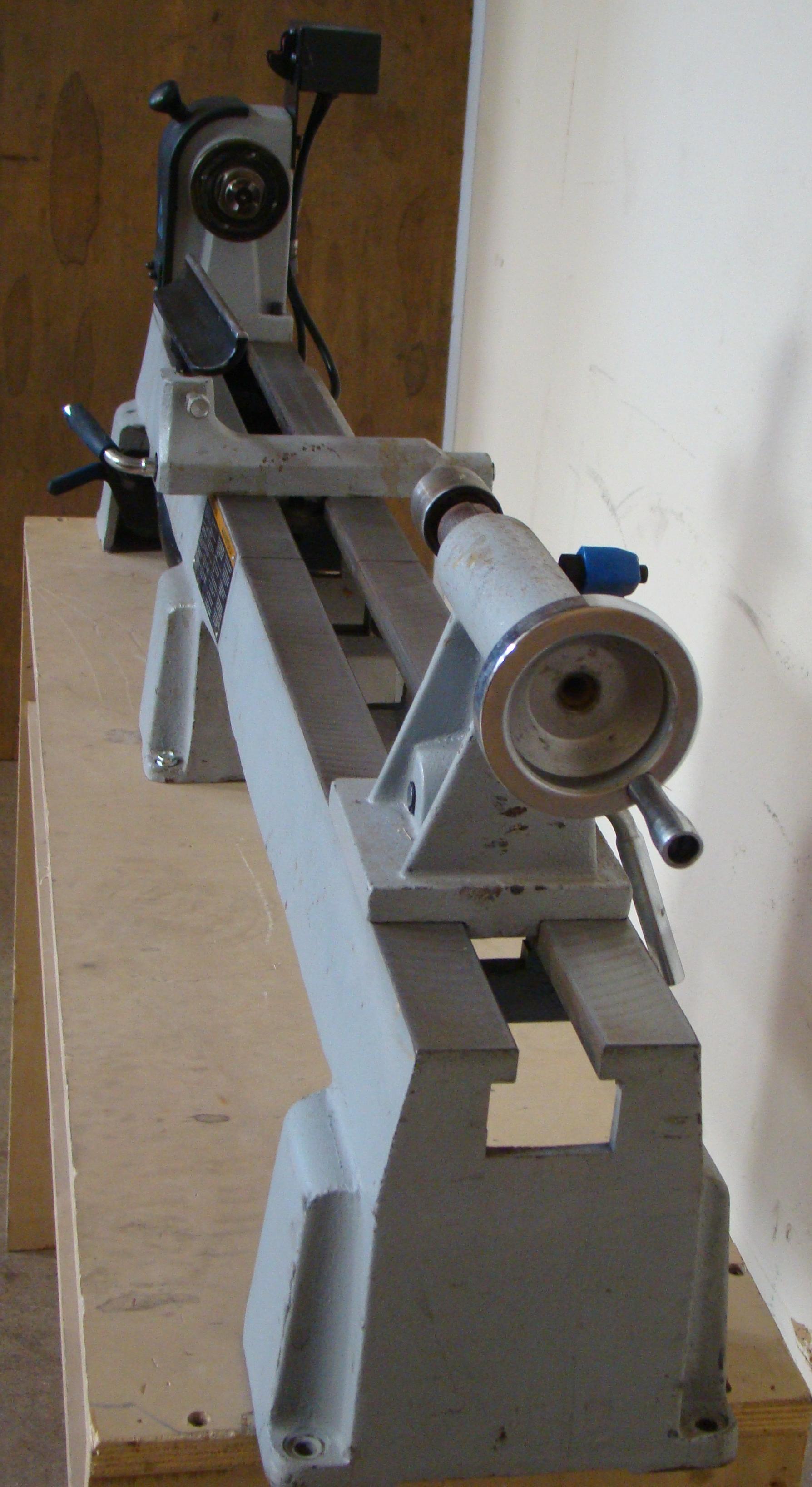 Delta Wood Lathe Model LA200 1/2 HP 120V 1PH - Image 2 of 9