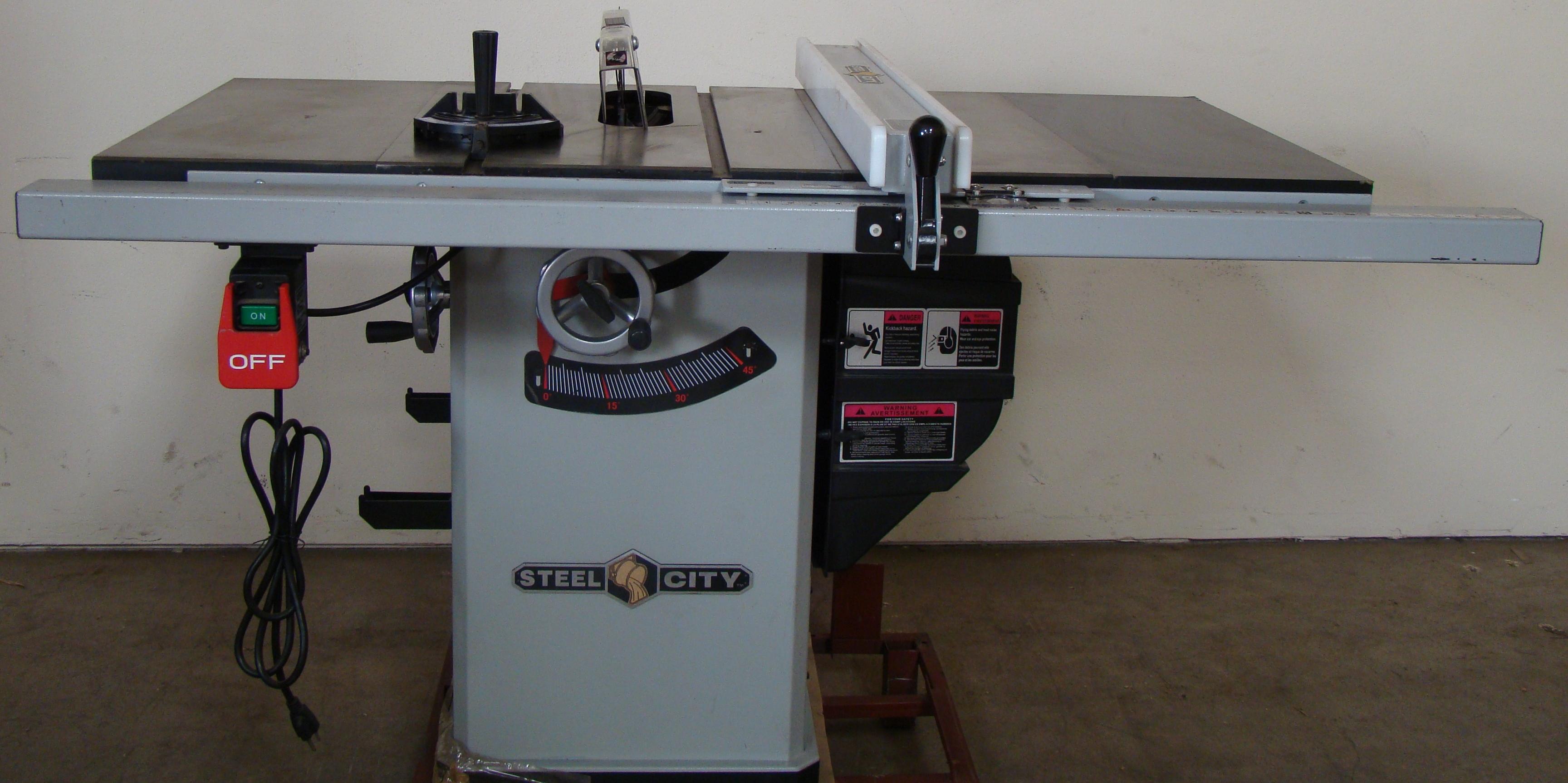 "Steel City Table/Cabinet Saw Model 35600, 34"" Rails 1-3/4 HP 120/240 Volt 1PH"